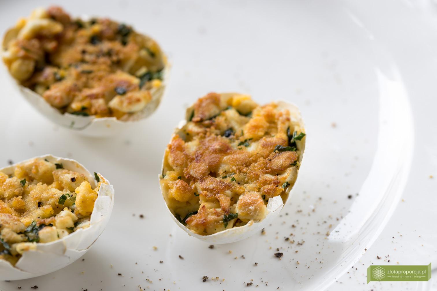 jajka faszerowane w skorupkach-3872