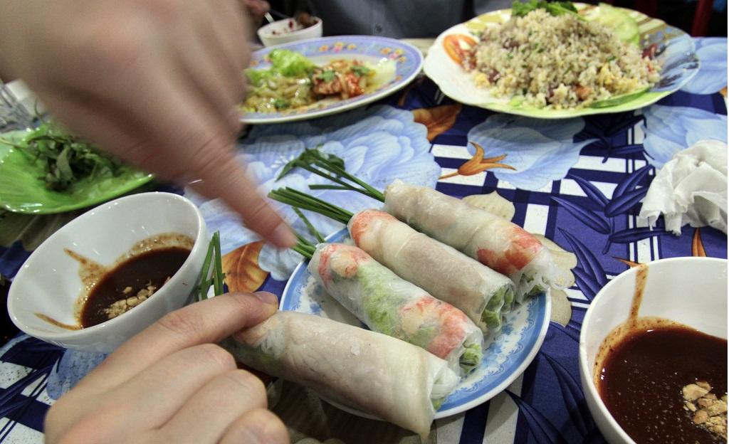 spring rollsy w Sajgonie