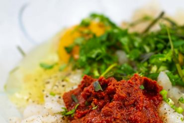 Kotleciki tajskie; kotlety po tajsku; kuchnia tajska; potrawy tajskie; kotlety z dorsza; tajskie kotleciki rybne; tod man pla;