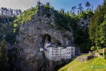 Predjama; zamek Predjama; Słowenia; atrakcje Słowenii; co zobaczyć w Słowenii; zamek w skale Słowenia; Predjamski Grad;