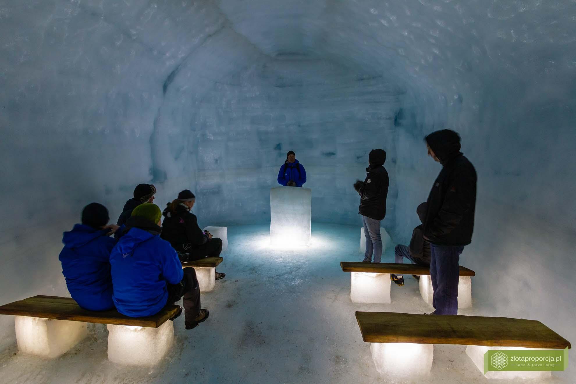 Islandia, atrakcje Islandii, Into the Glaceir, lodowiec Islandia; wnętrze lodowca; Langjökull; Isladnia wycieczki lodowiec; Islandia trekking po lodowcu;