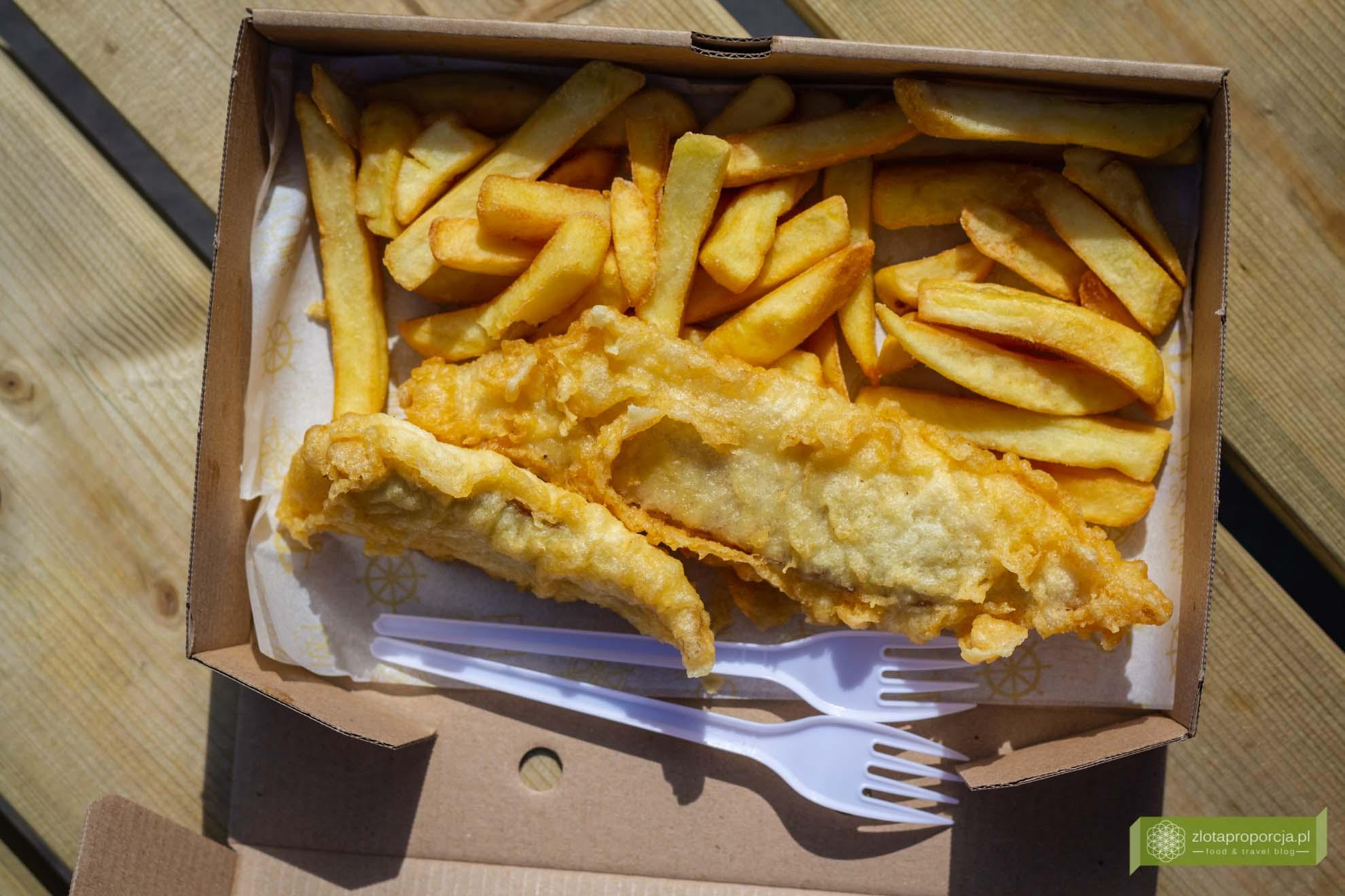 kuchnia islandii, kuchnia islnadzka, islandzkie potrawy, co zjeść na Islandii; islandzkie specjały; fish and chips islandia;