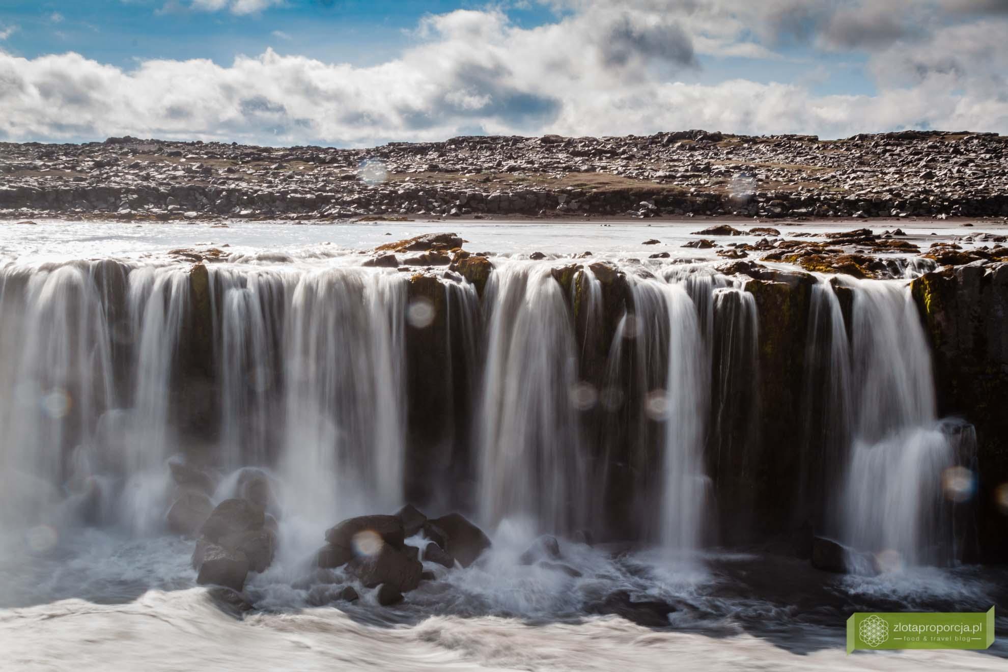 wodospad Dettifoss,Islandia, Islandia atrakcje, wodospady na Islandii, Islandia ciekawe miejsca; Wodospad Selfoss;