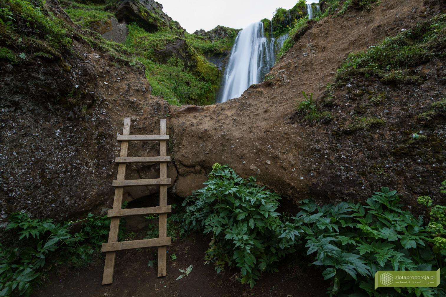 wodospad Gljúfurárfoss, Gljúfurárfoss, Południowo-zachodnia Islandia, Islandia, Islandia atrakcje, wodospady na Islandii, Islandia ciekawe miejsca