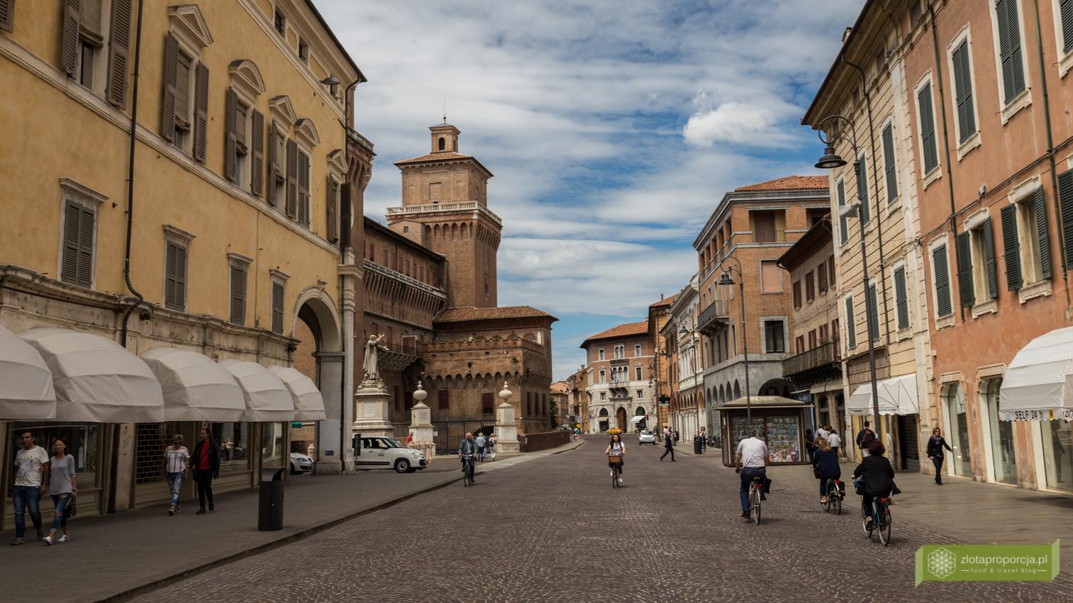 Ferrara, zamek w Ferrarze, atrakcje Ferrary, Castello Estense, Emilia Romania