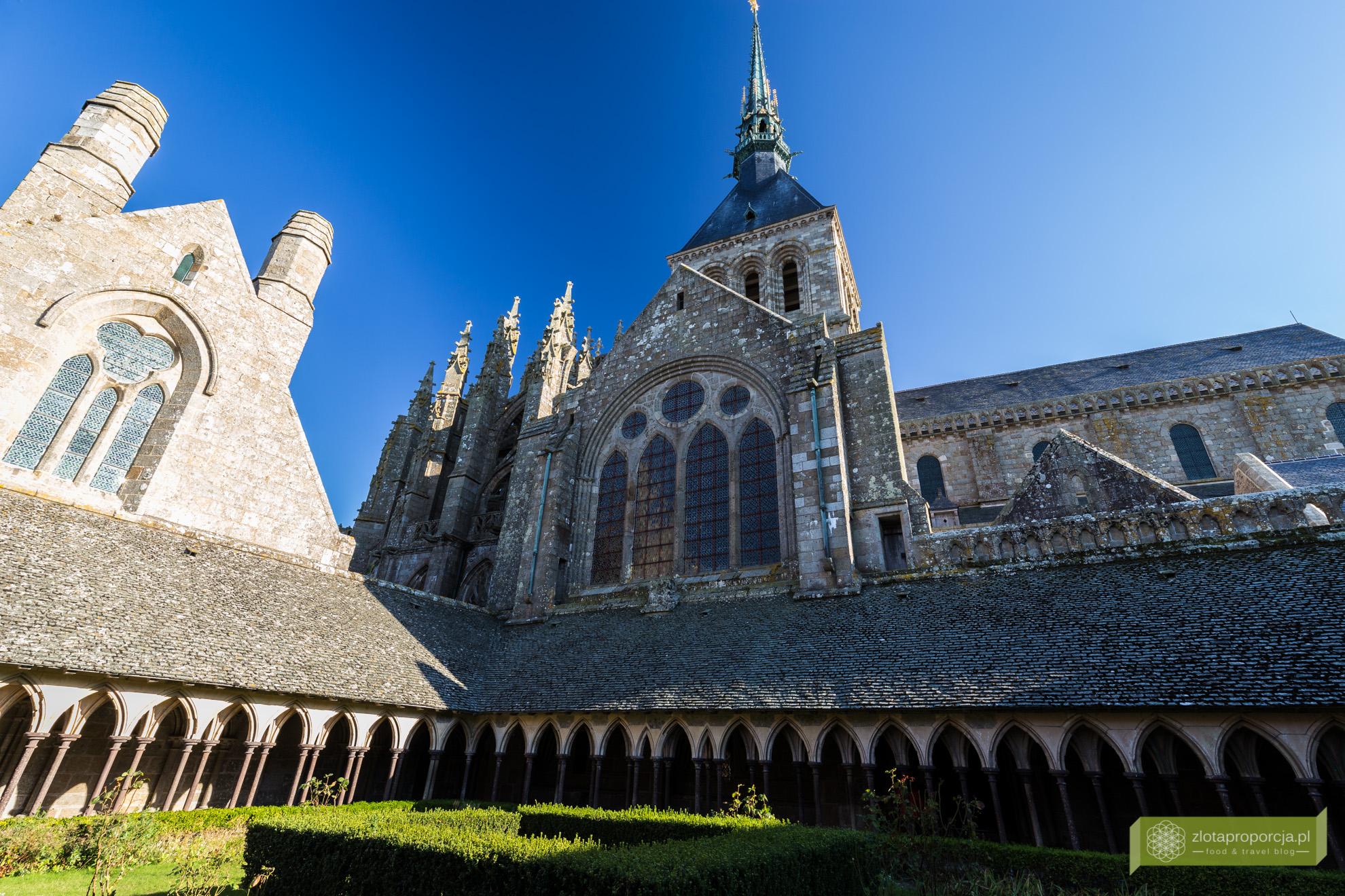 Mont Saint-Michel, opactwo Mont Saint-Michel, Normandia, atrakcje Normandii, wnętrze Mont Saint-Michel