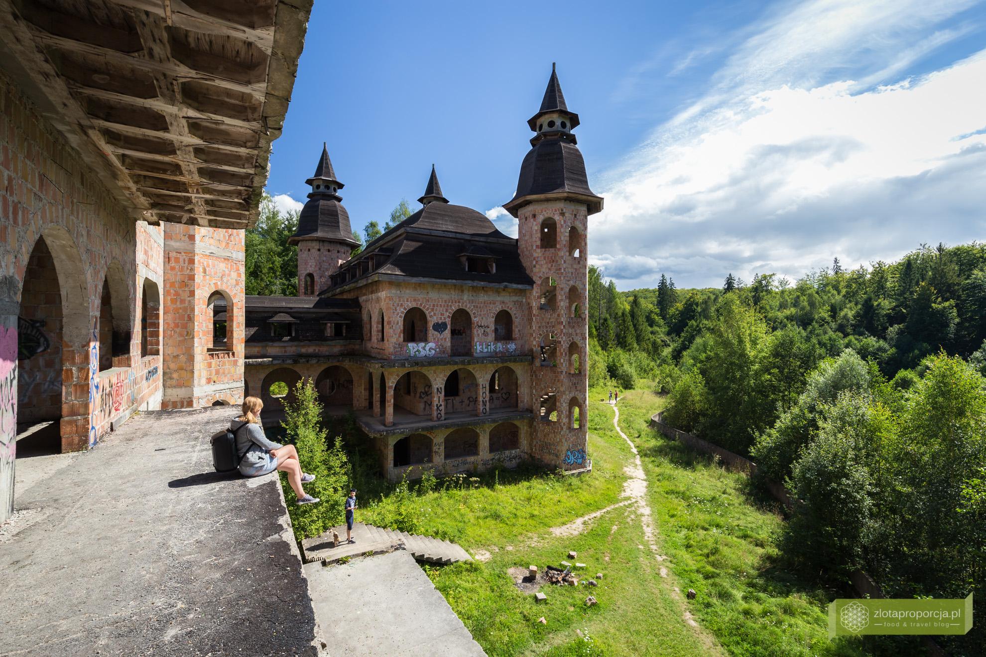 Łapalice, zamek w Łapalicach, Kaszuby, atrakcje Kaszub