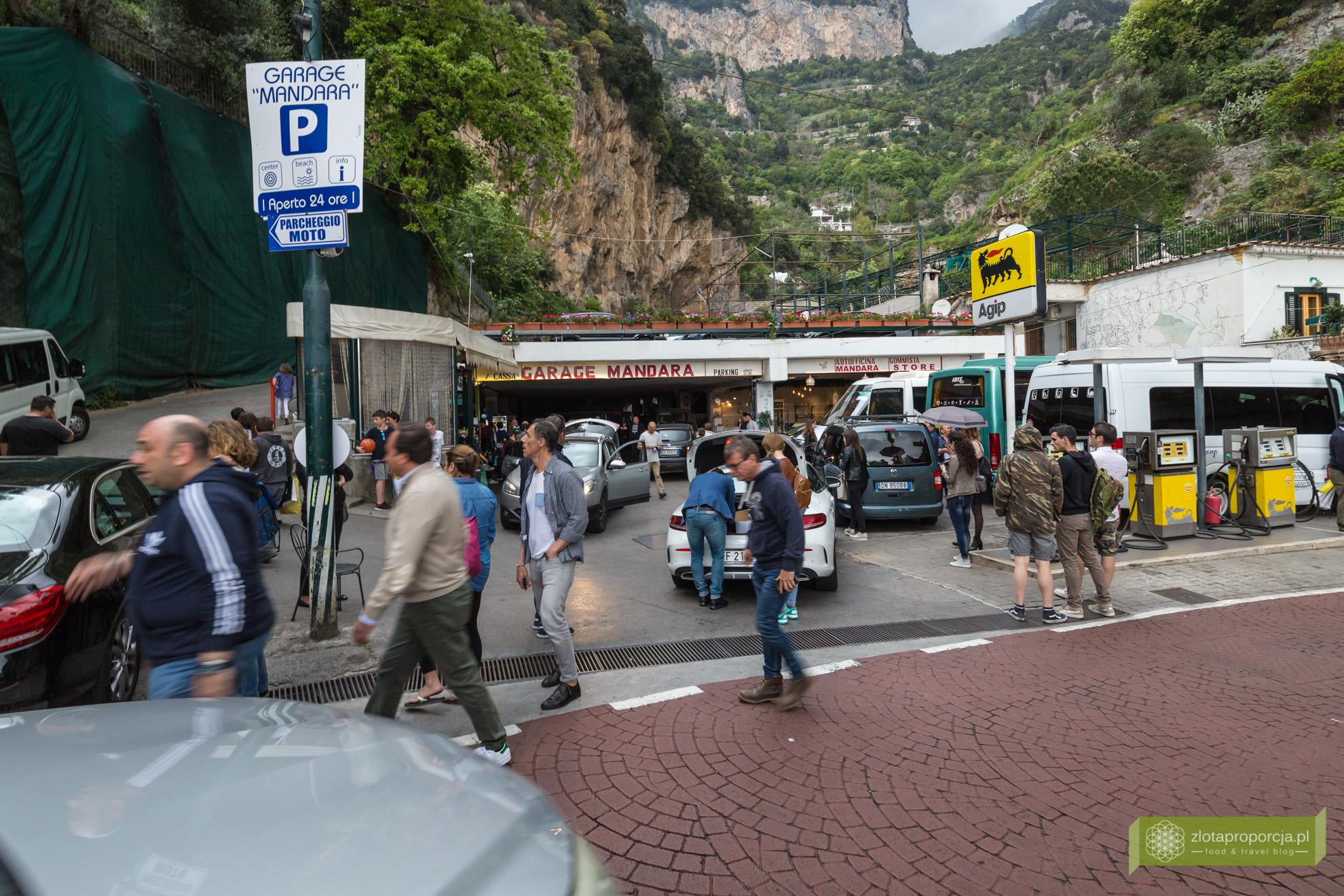 Positano, Włochy, Amlfi, Wybrzeże Amalfitańskie, problemy Positano, Positano samochodem