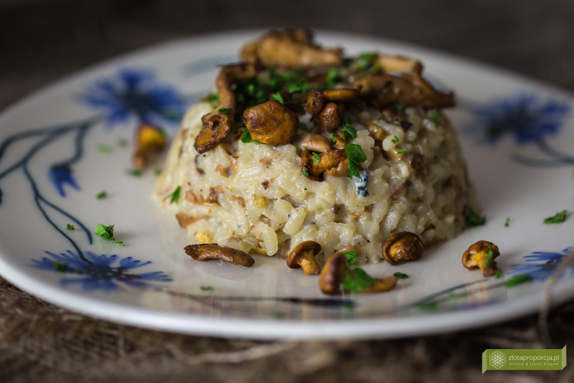 risotto z kurkami i gorgonzolą
