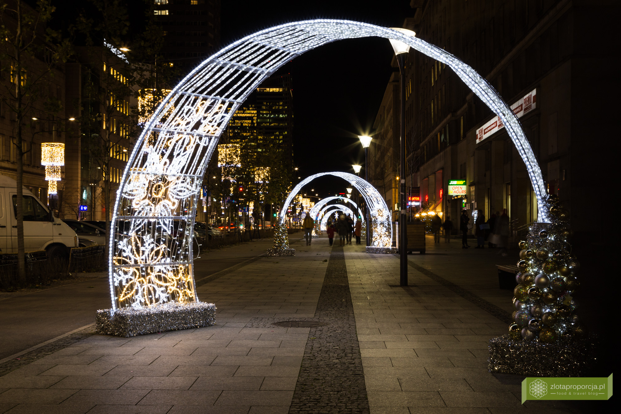 świąteczna Warszawa Spacer Po świątecznych Atrakcjach Warszawy