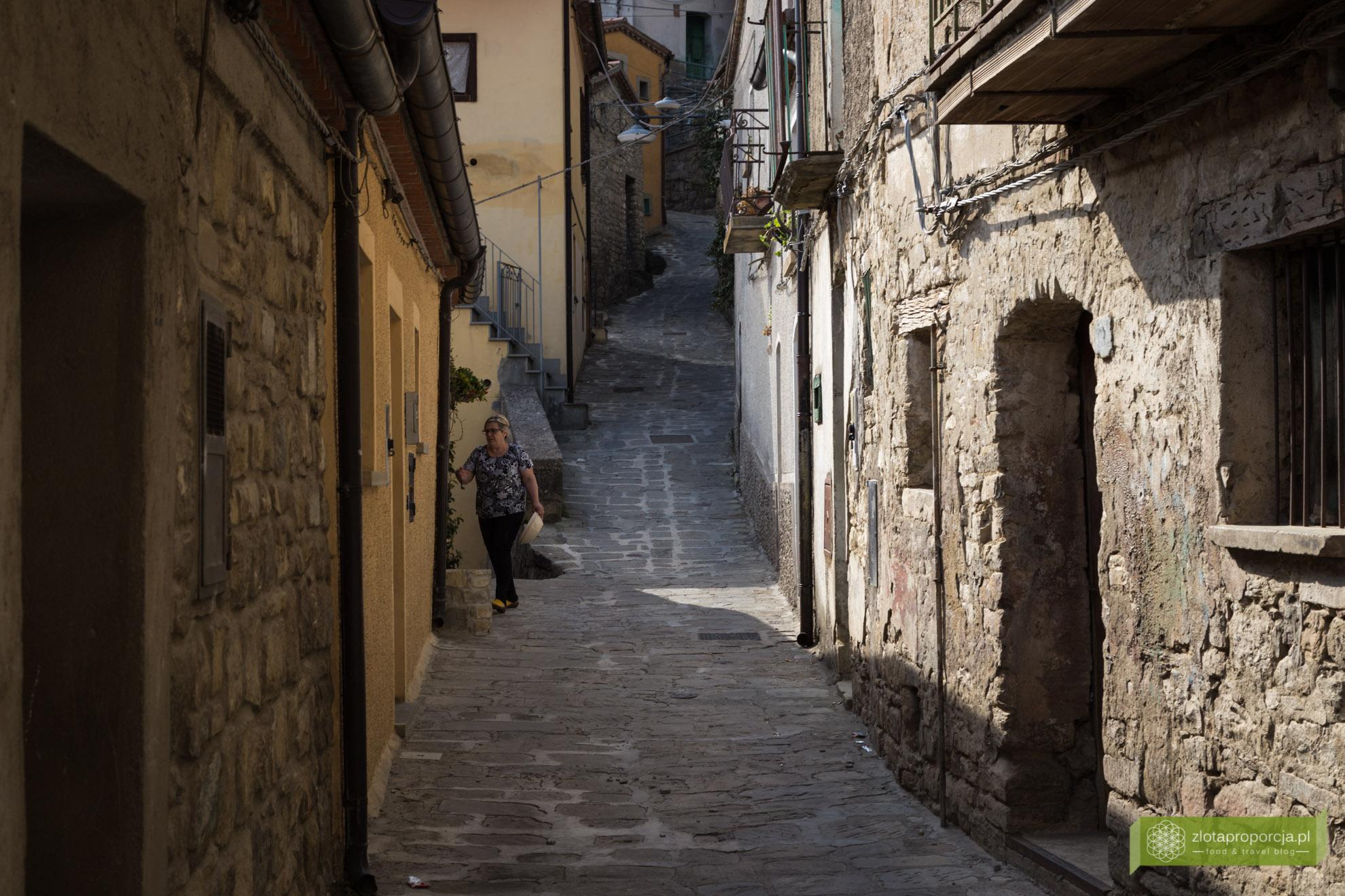 Bazylikata, atrakcje Bazylikaty, Castelmezzano