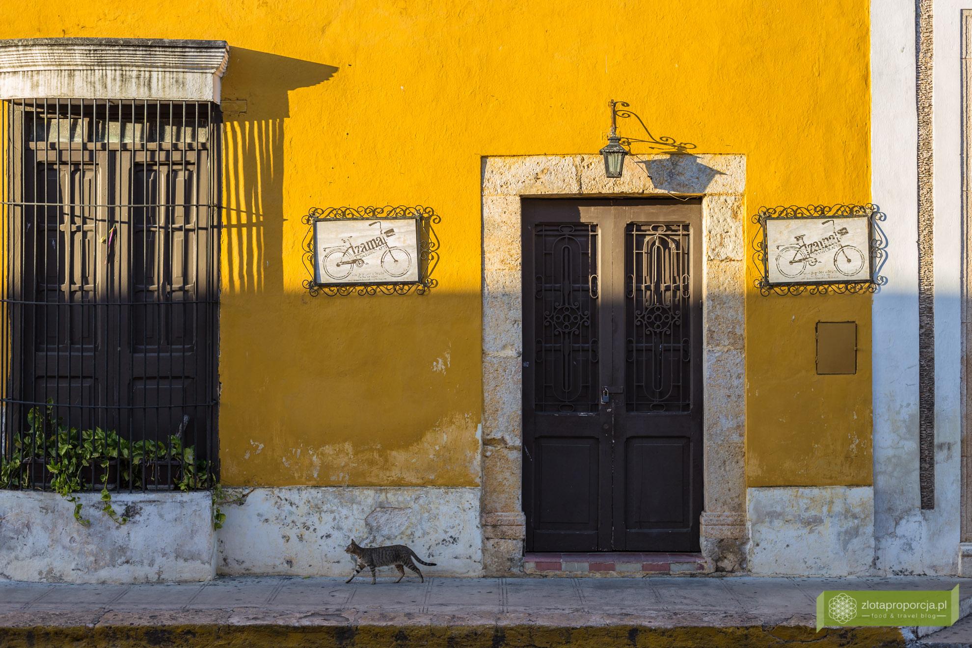 Izamal, żółte miasto, Jukatan, Jukatan atrakcje, Meksyk