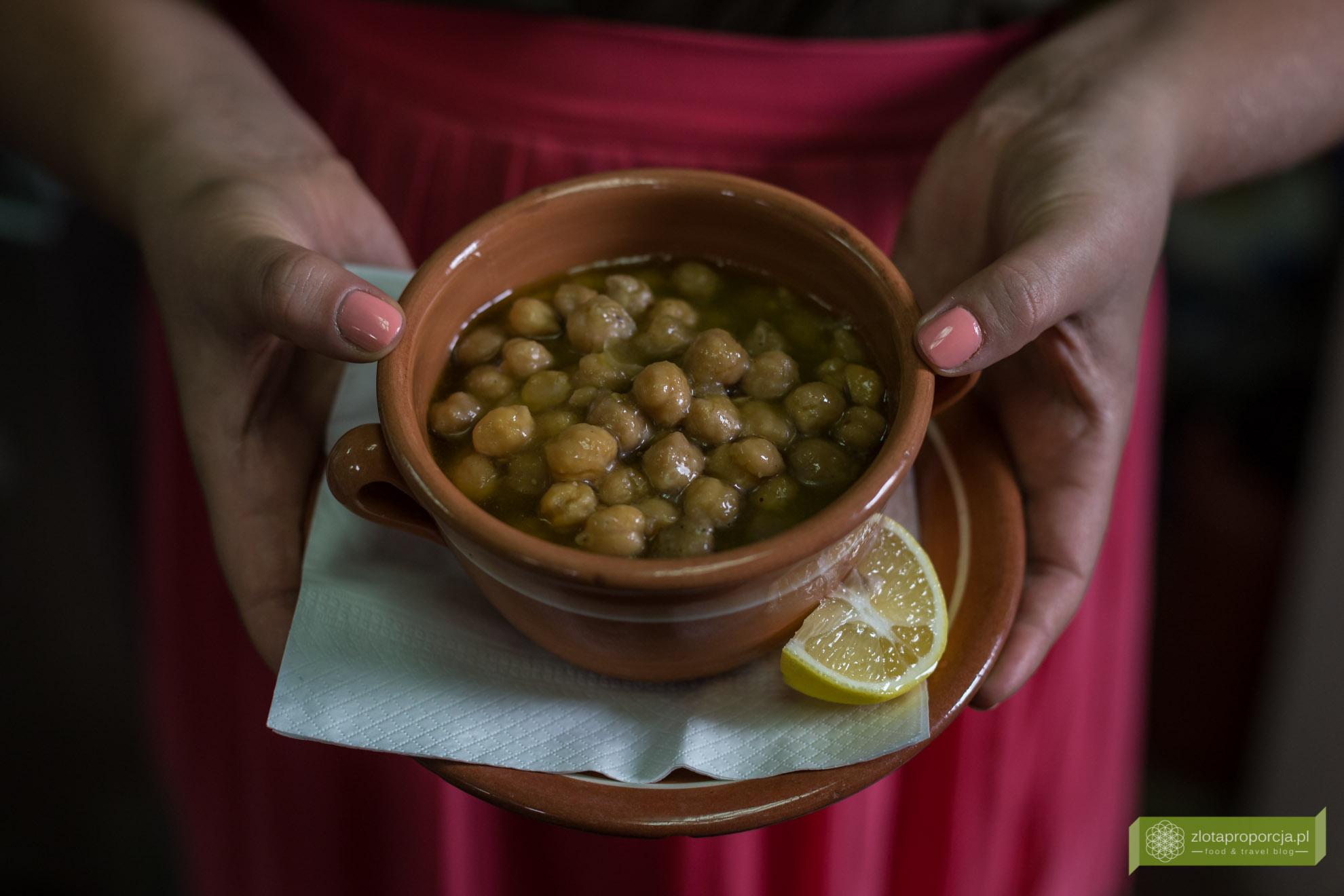 Sifnos, Cyklady, kuchnia Sifnos, kuchnia Cyklad, kuchnia grecka, Grecja, zupa z ciecierzycy, revithada
