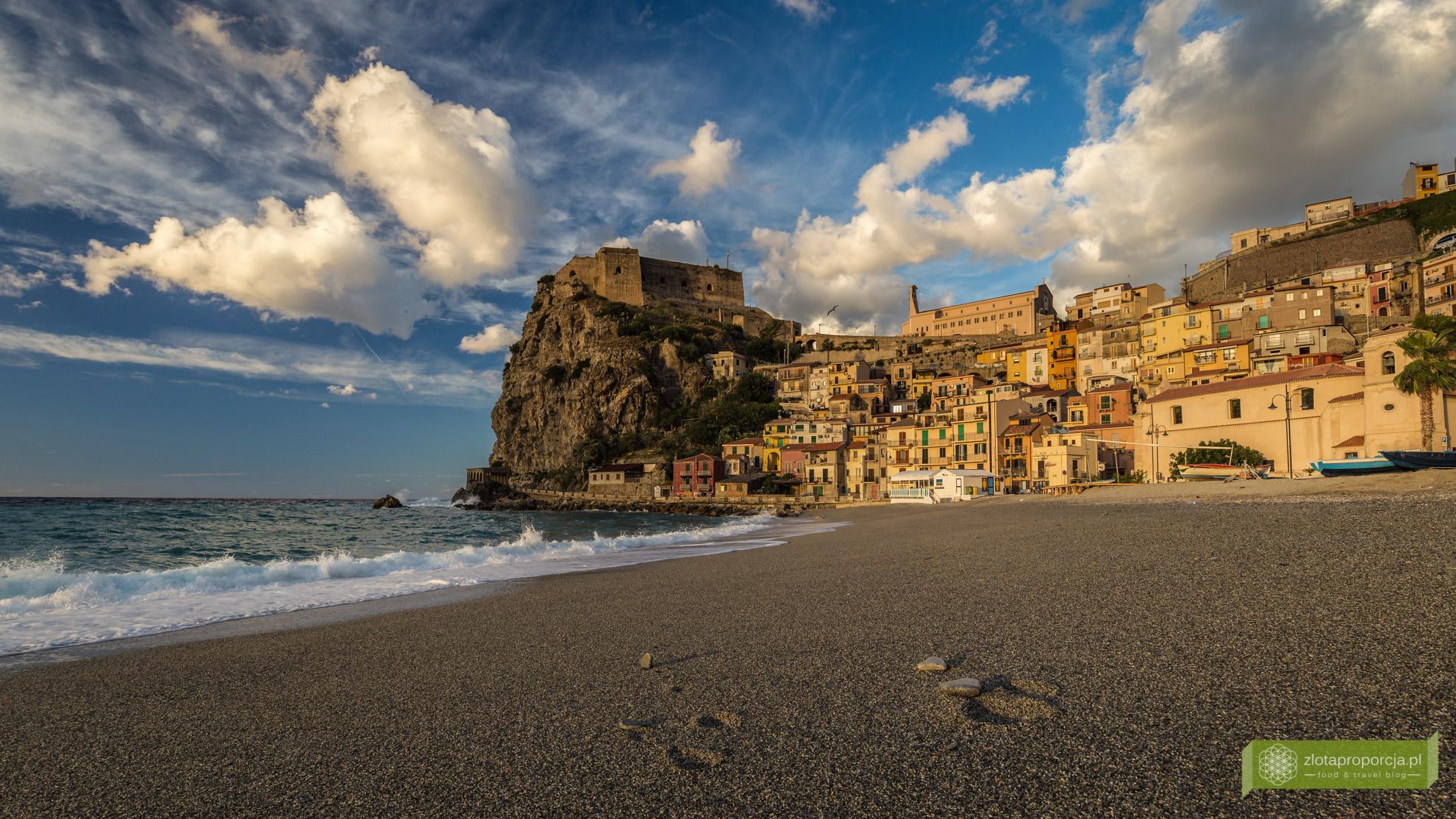 Scilla, Kalabria, Scilla atrakcje, Scilla co zobaczyć, Chianalea, Włochy, Kalabria atrakcje, Castello Ruffo, plaża w Scilli