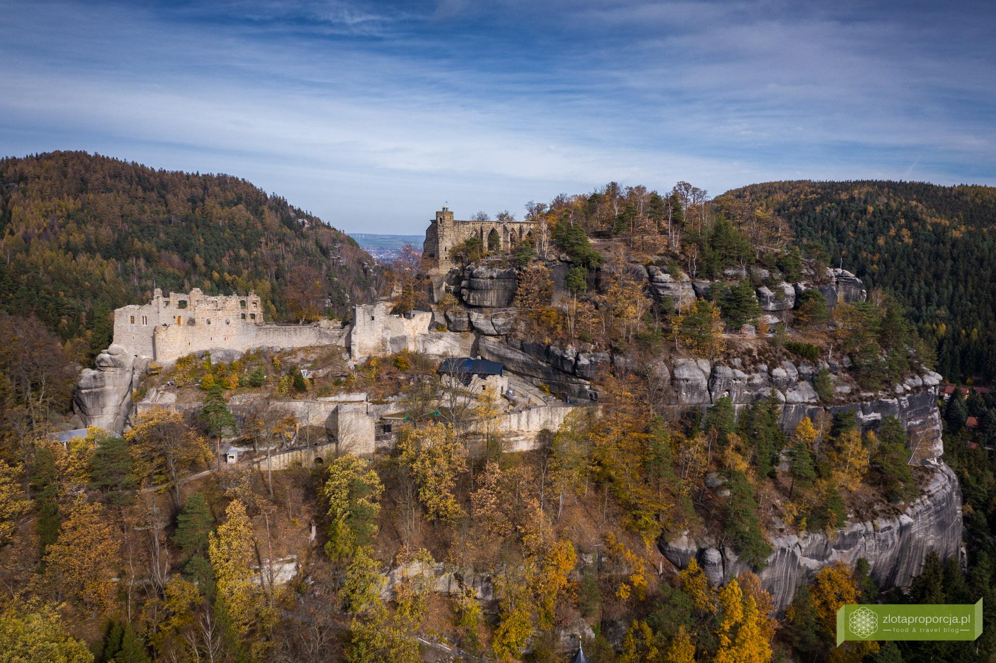 Oybin, klasztro Oybin, ruiny Oybin, Góry Żytawskie, Saksonia, atrakcje Saksonii