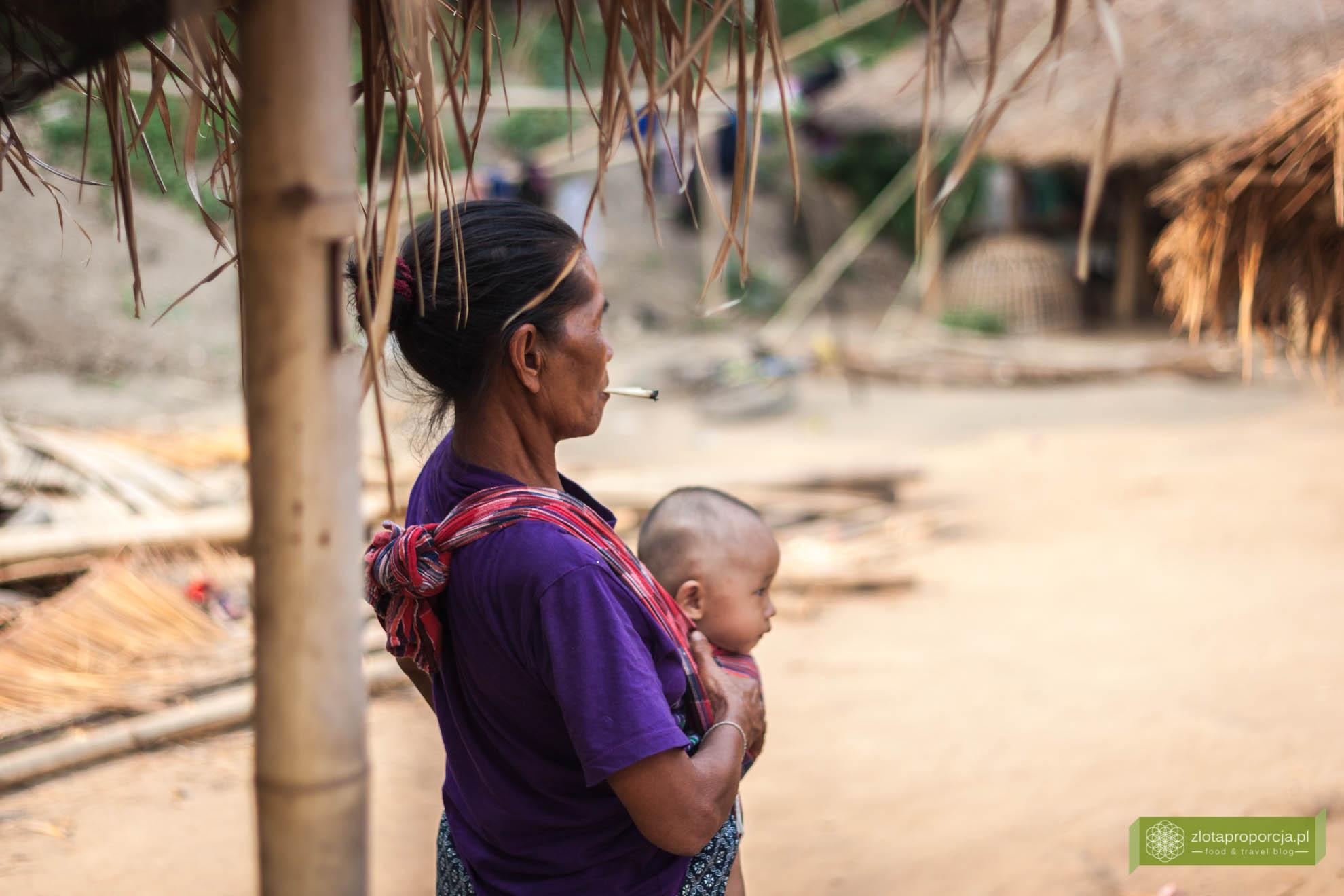 Tajlandia, Plemię Padaung, tajskie plemiona, długie szyje, okolice Chiang Rai