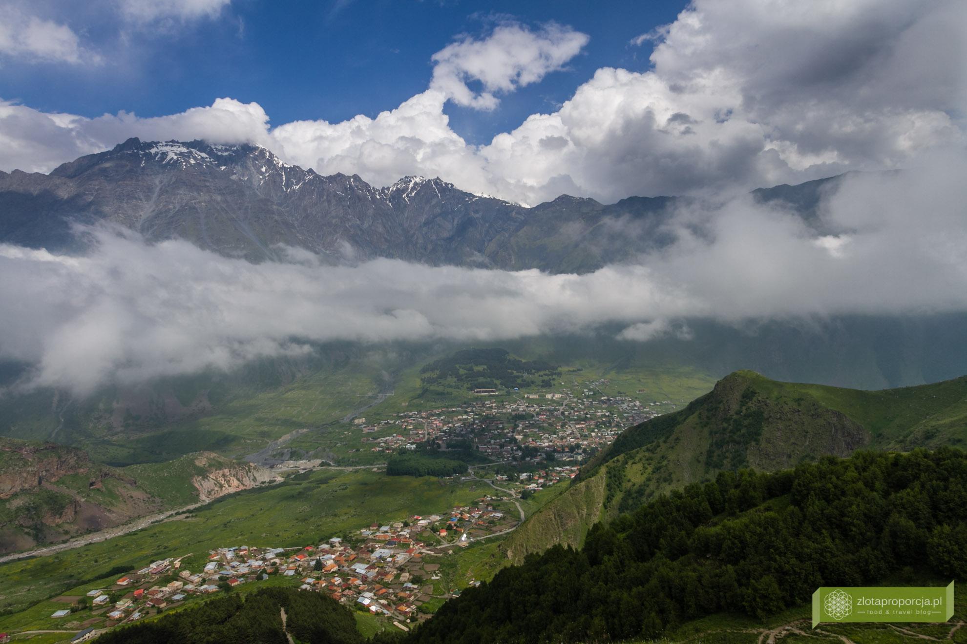 Kazbegi, Gruzja, trekking w Gruzji, atrakcje w Gruzji