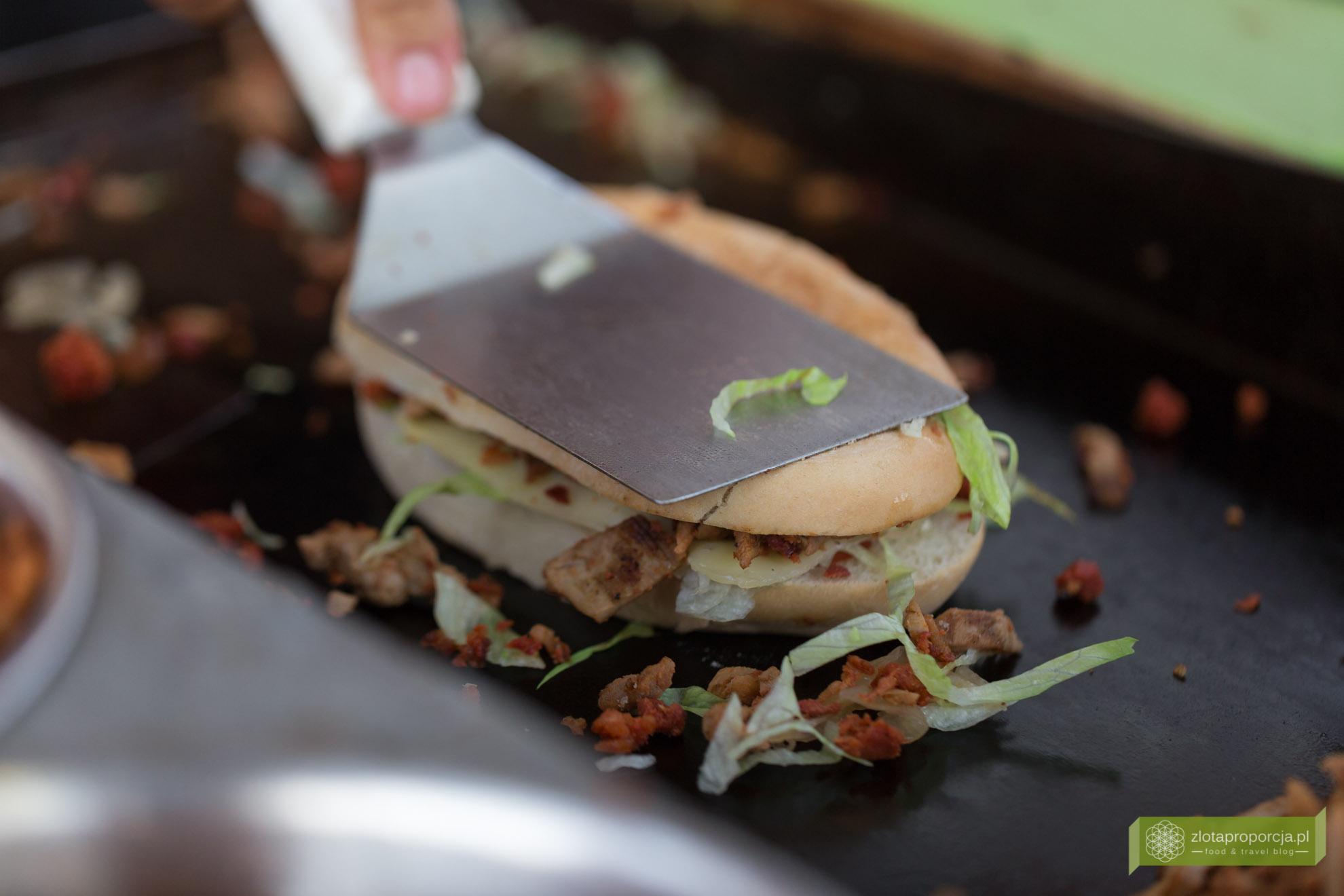 kuchnia Jukatanu, kuchnia meksykańska, meksykańskie potrawy, potrawy na Jukatanie, meksykański street food, torta