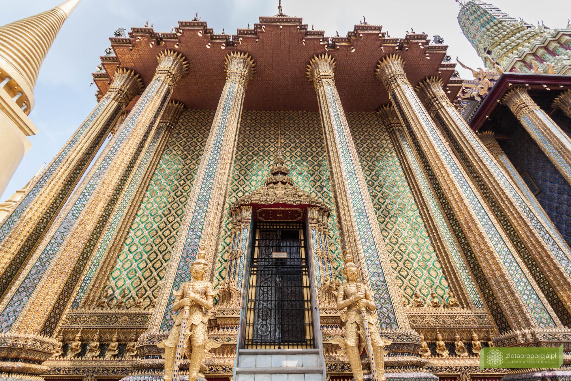 Bangkok, Tajlandia, atrakcje Bangkoku, Pałac Królewskie w Bangkoku, Wat Phra Kaew, swiątynia Szmaragdowego Buddy