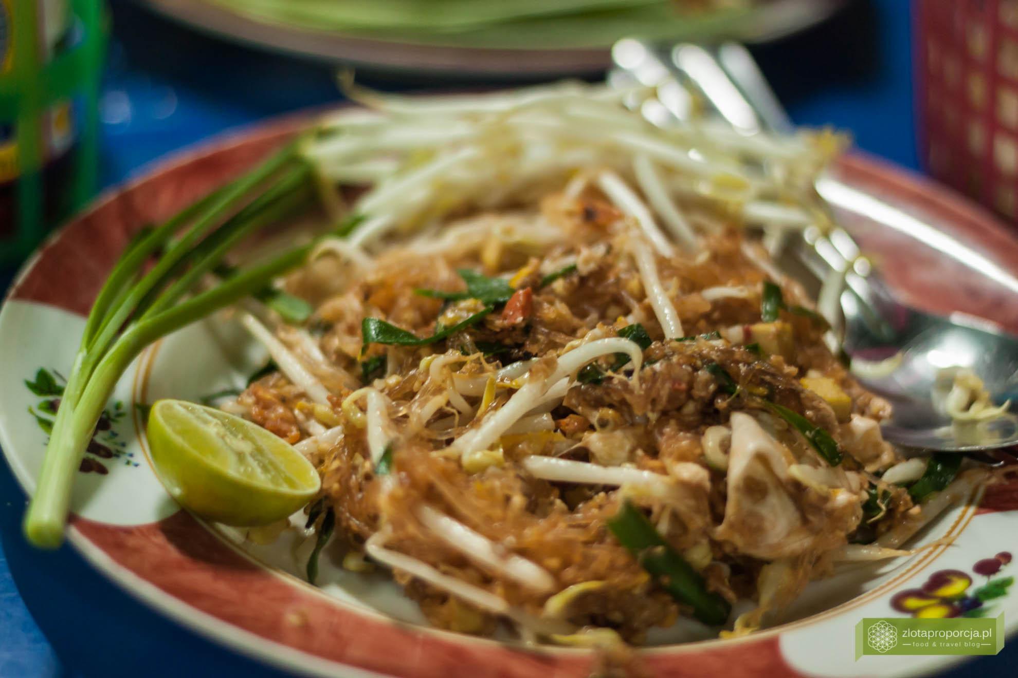Bangkok, Tajlandia, street food w Bangkoku, pad tahi