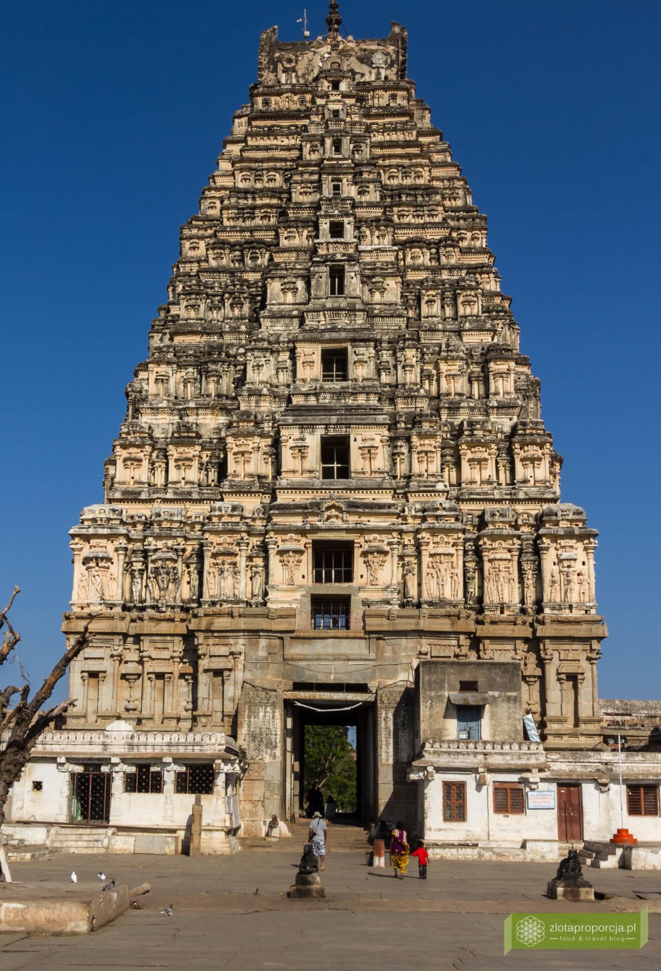 Świątynia Virupaksha, Hampi, Karnataka, Indie, zwiedzanie Hampi, okolice Goa, Indie ciekawe miejsca, Karnataka atrakcje, świątynie w Hampi