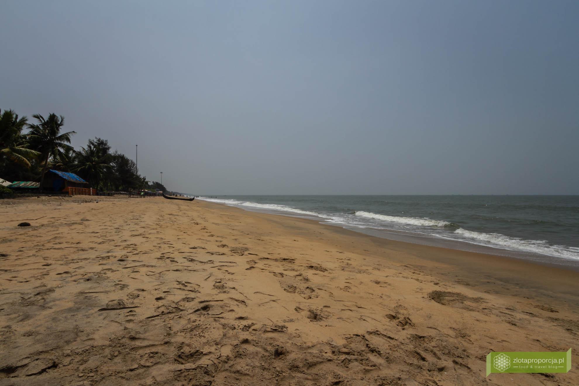Cherai Beach, Koczin, Kerala, Indie, atrakcje Kerali; Koczin plaża, wyspa Vypin