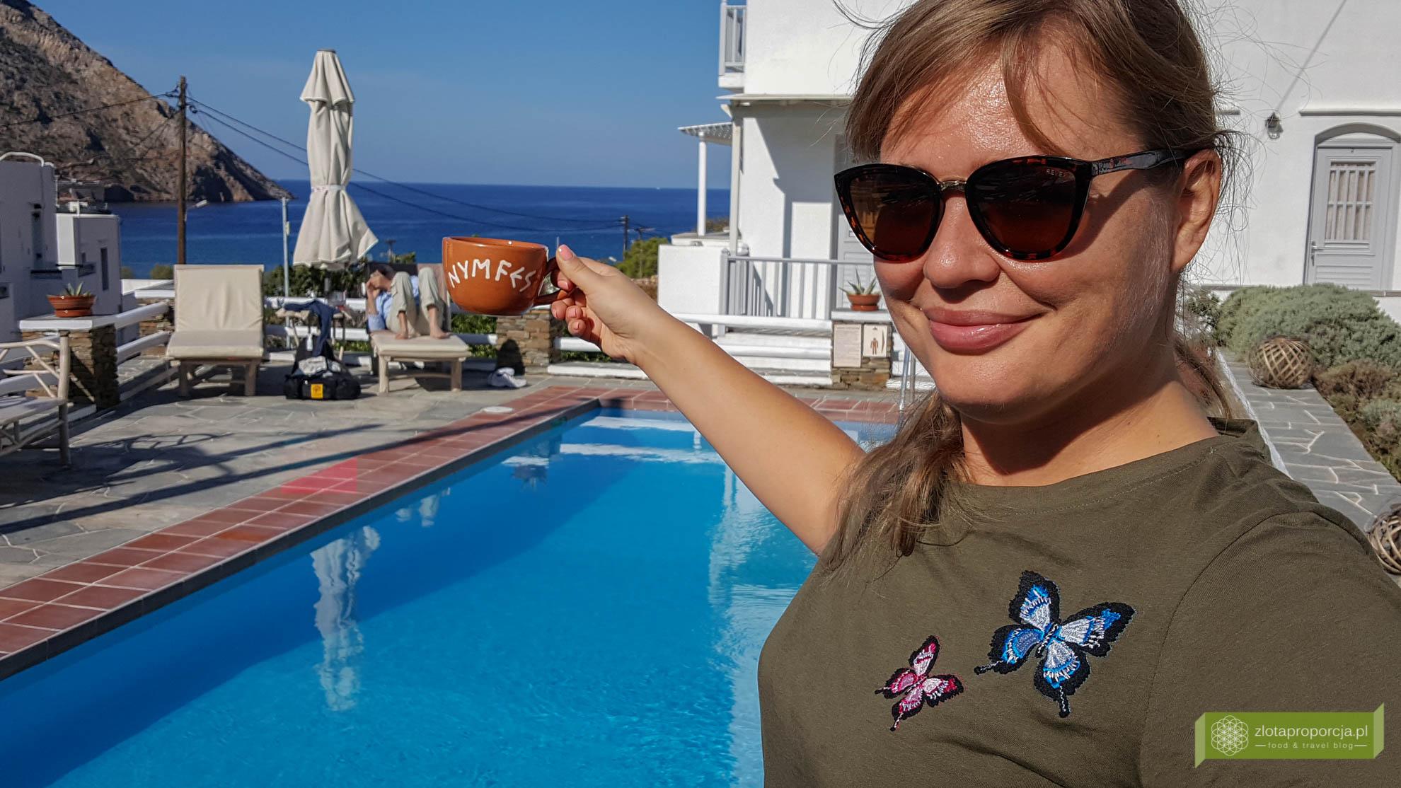 Sifnos, Cyklady, Grecja, Greckie wyspy; Wyspa Sifnos; Cyklady ciekawe miejsca; Kamares