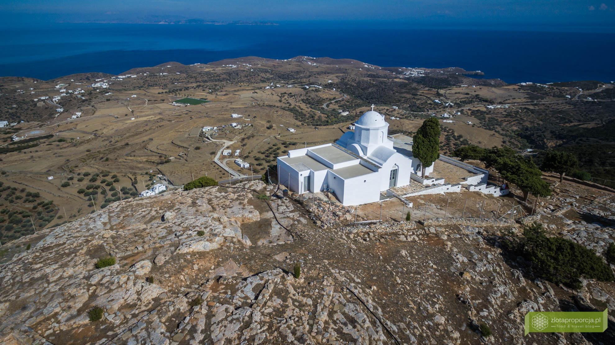 Sifnos, Cyklady, Grecja, Greckie wyspy; Wyspa Sifnos; Cyklady ciekawe miejsca; Akropolis; Agios Andreas;