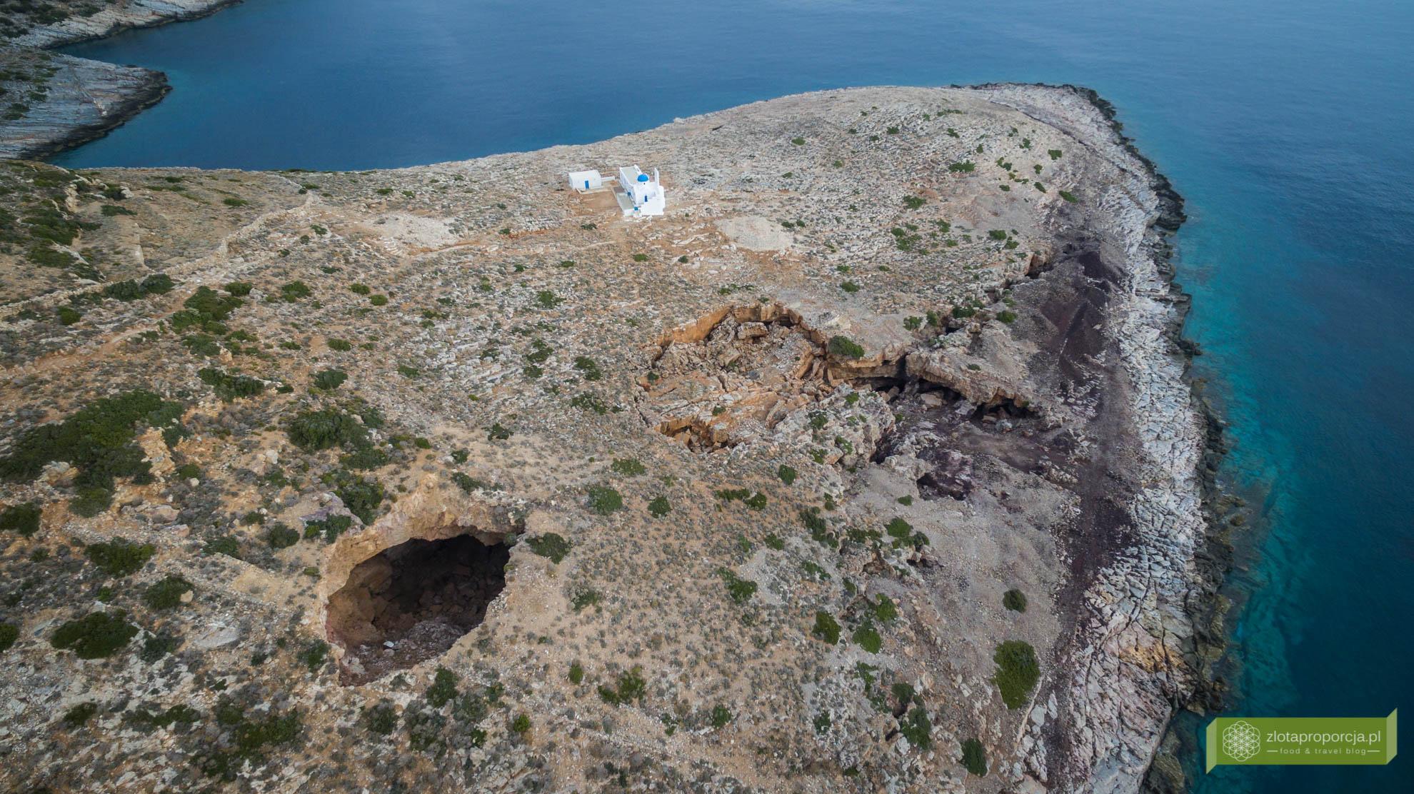 Sifnos, Cyklady, Grecja, Greckie wyspy; Wyspa Sifnos; Cyklady ciekawe miejsca; kopalnia srebra Sifnos