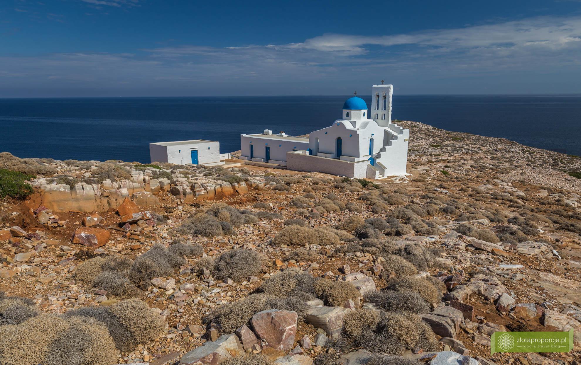 Sifnos, Cyklady, Grecja, Greckie wyspy; Wyspa Sifnos; Cyklady ciekawe miejsca; kopalnia srebra Sifnos, Agios Sostis;