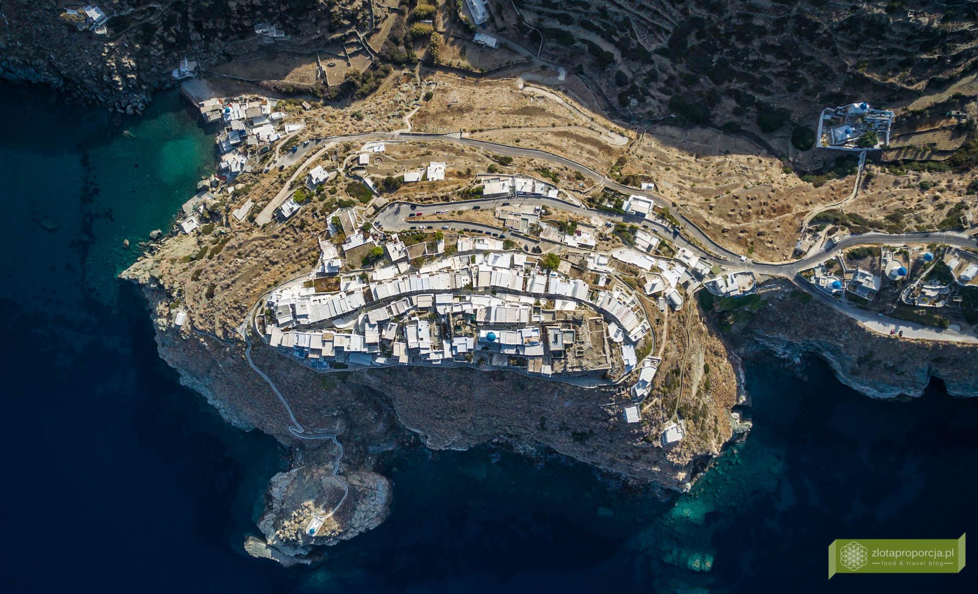 Sifnos, Cyklady, Grecja, Greckie wyspy; Wyspa Sifnos; Cyklady ciekawe miejsca; Kastro, białe miasteczko Sifnos;