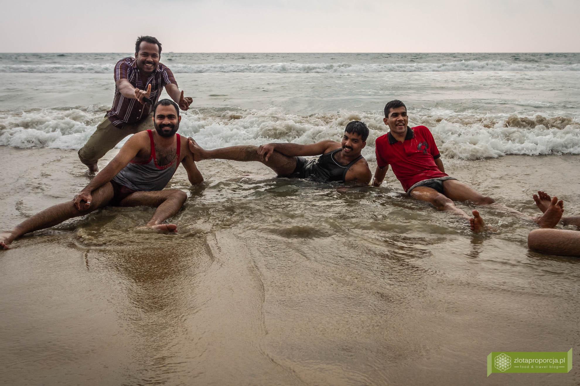 Indie, Kerala, Varkala, plaża w Varkali, twarze Indii, ludzie w Indiach, życie w Indiach;
