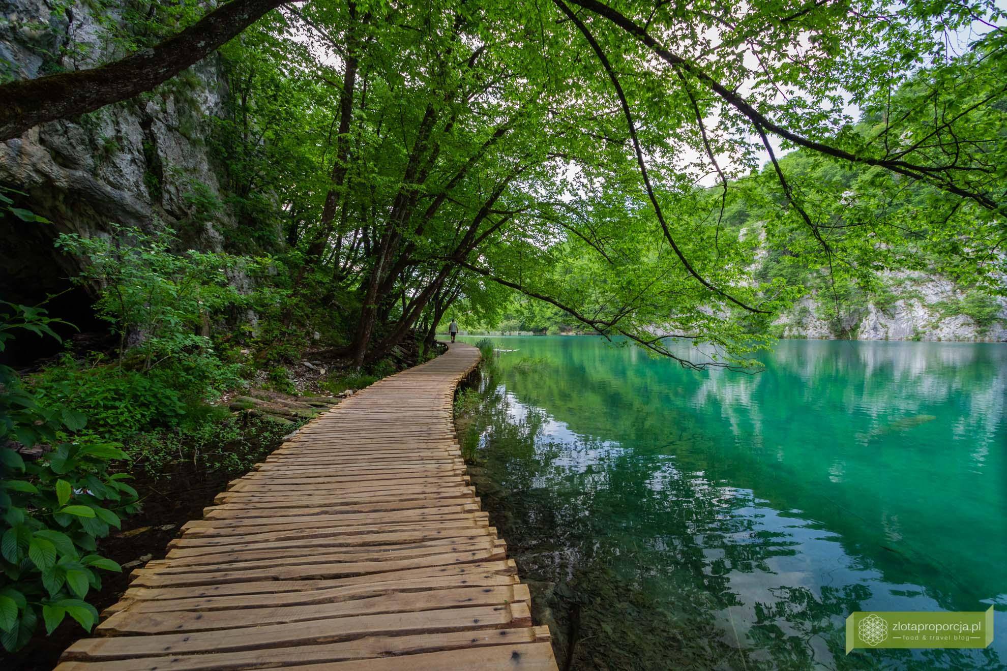 wodospady Chorwacja, jeziora plitwickie, Chorwacja, jeziora plitwickie kapiel, jeziora plitwickie plitiwckie zwiedzanie; Park Narodowy Jezior Plitwickich;