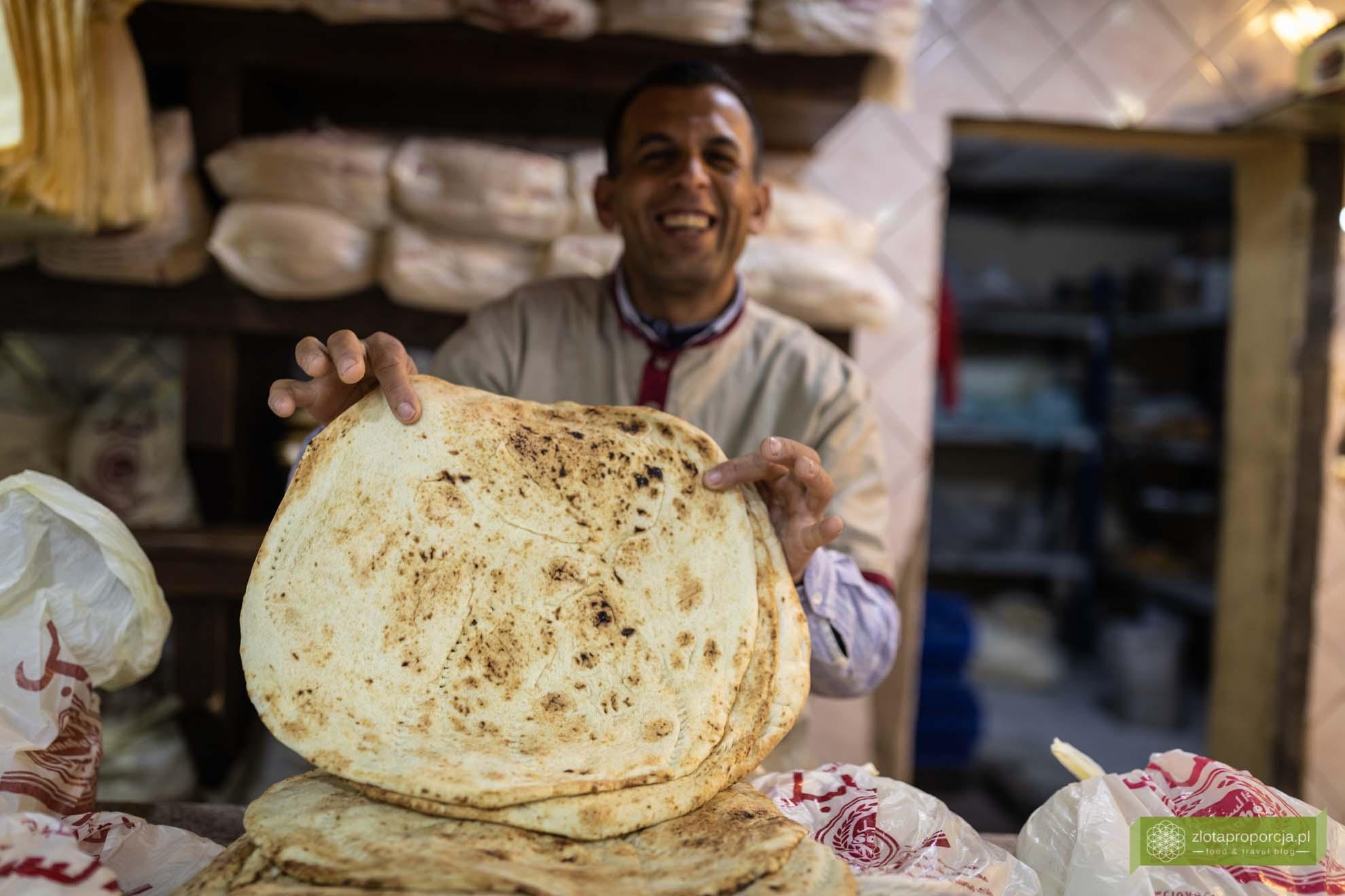 Jordania; Jordania jedzenie, Jordania kuchnia, kuchnia Jordanii; pita, piekarnia w Jordanii;