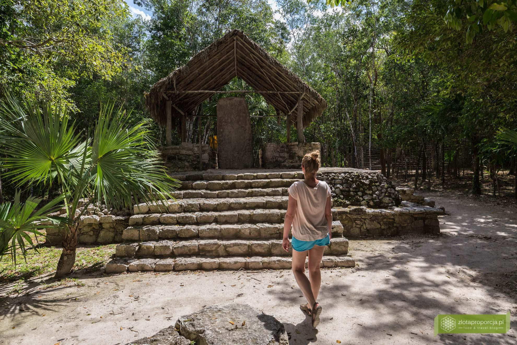 Meksyk, Miasta Majów, strefy archeologiczne na Jukatanie; Majowie budowle, Miasta Majów Meksyk, Majowie osiągnięcia; Coba, Miasta Majów Jukatan;