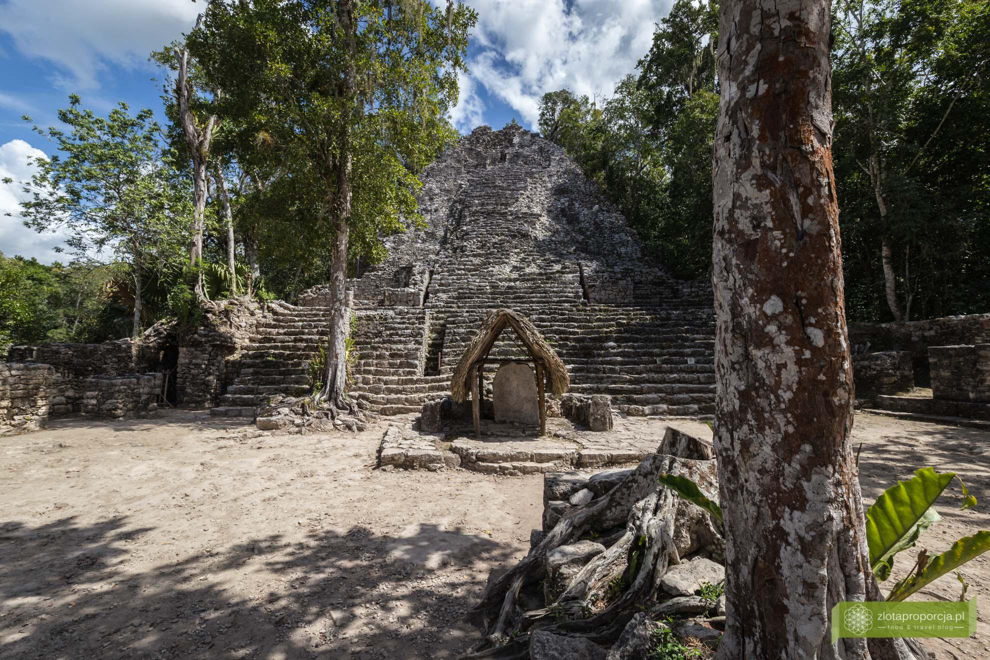 Meksyk, Miasta Majów, strefy archeologiczne na Jukatanie; Majowie budowle, Miasta Majów Meksyk, Majowie osiągnięcia; Coba, Miasta Majów Jukatan; La Iglesia Coba