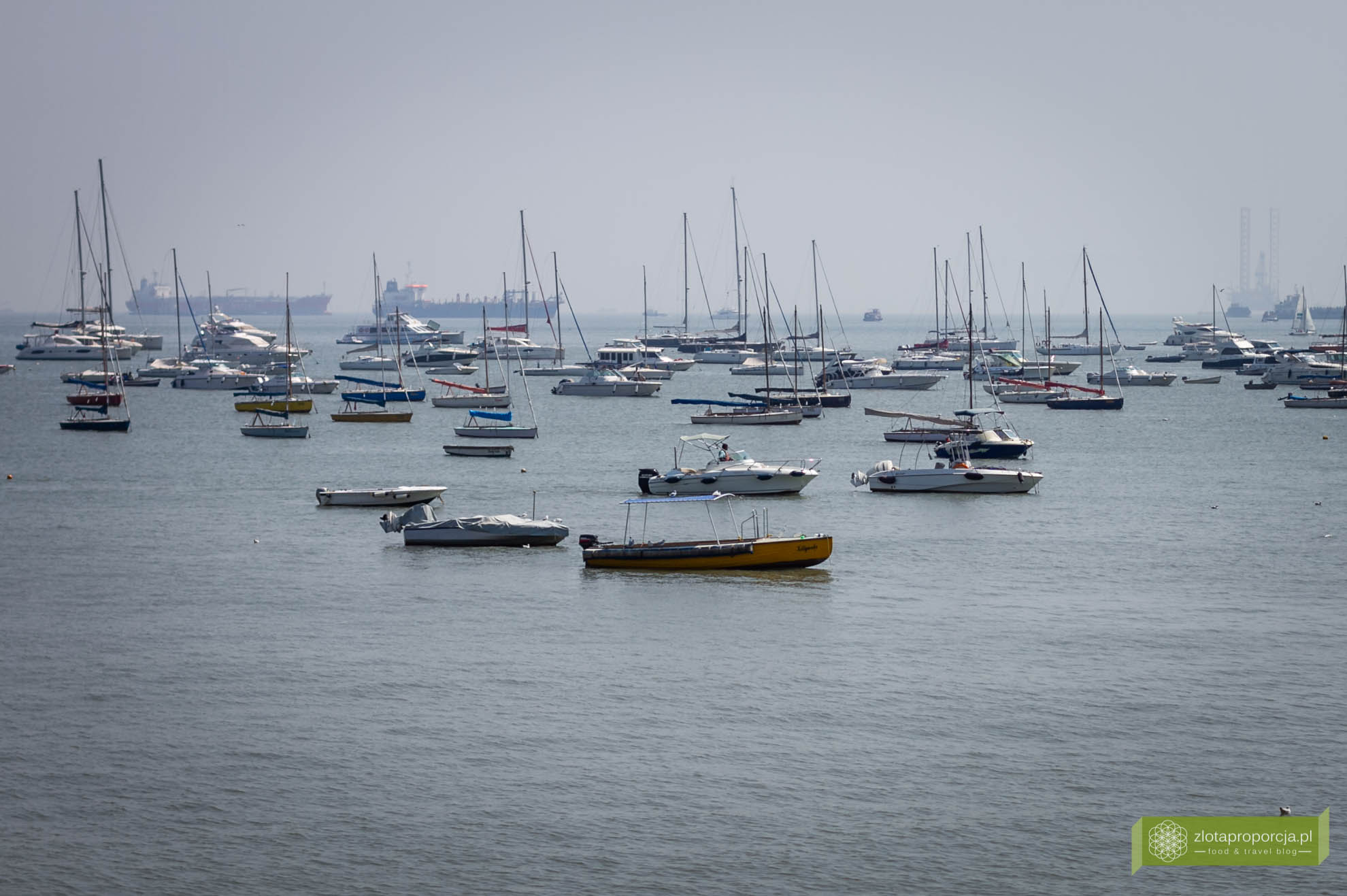 Mumbaj, Indie, Bombaj; Mumbaj zabytki, Mumbaj zwiedzanie; port Mumbaj;