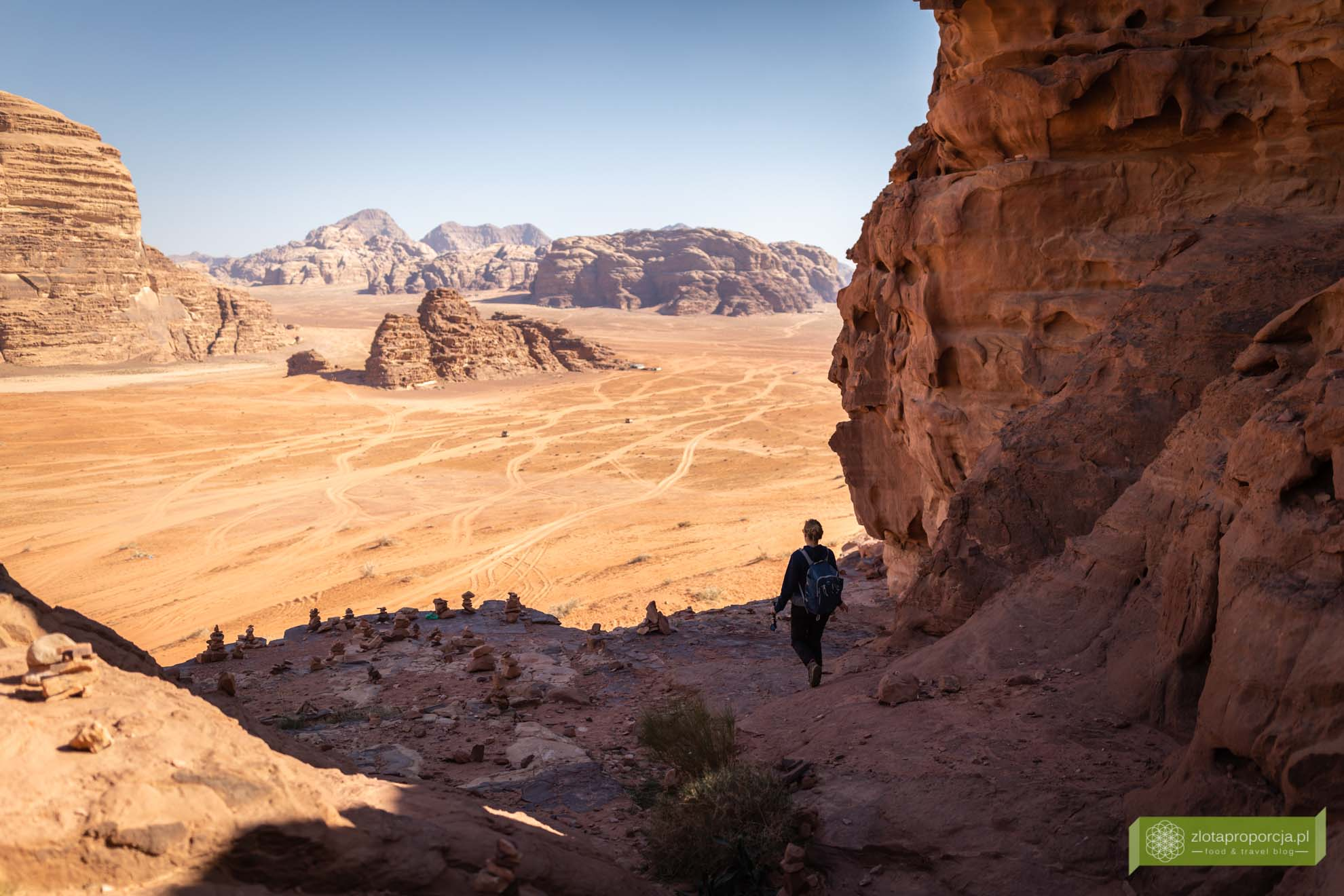 Wadi Rum, pustynia Wadi Rum, Jordania, pustynia Jordania; Wadi rum wycieczka, Wadi Rum zwiedzanie, Jordania atrakcje; Dom Lawrence'a;