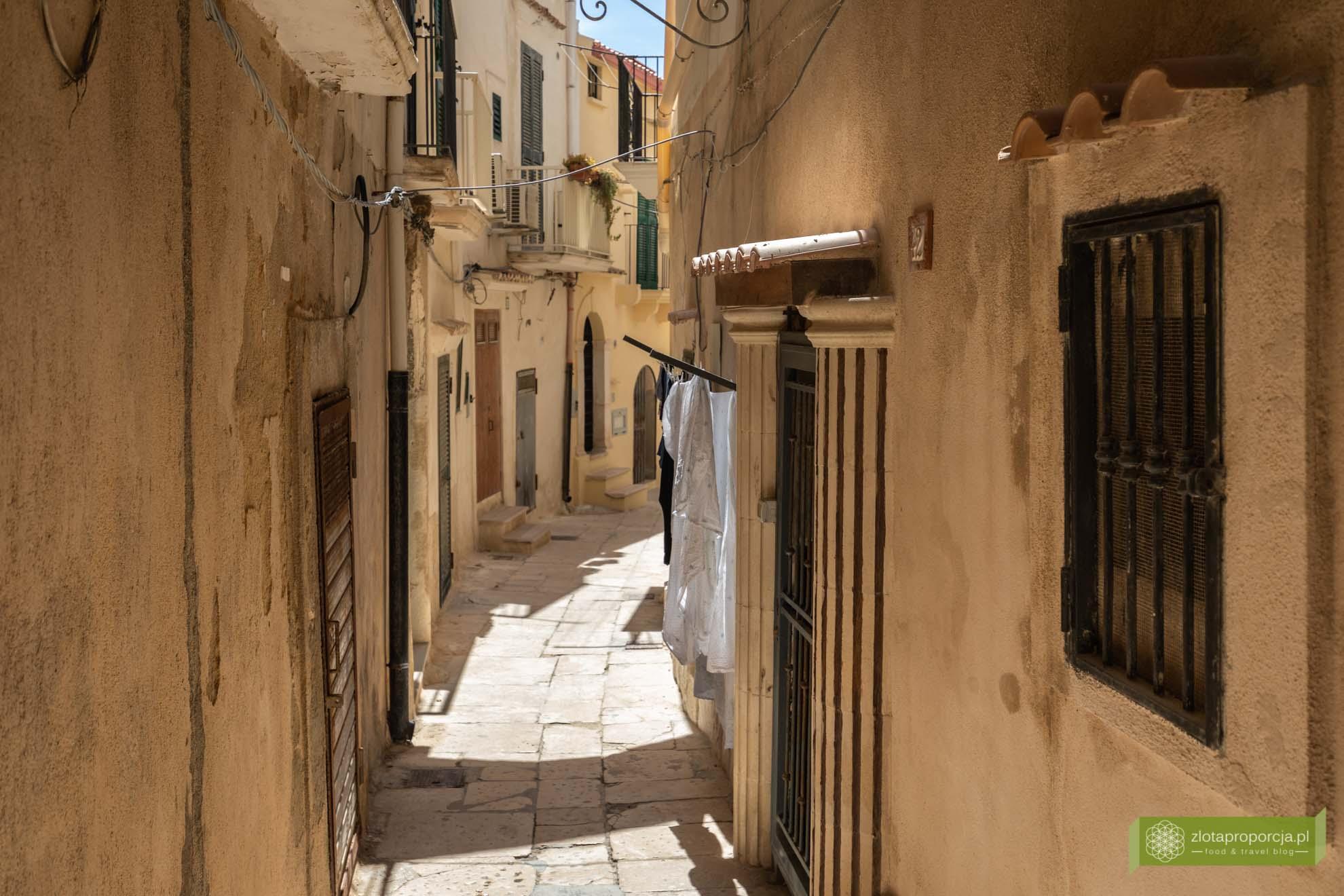 Vieste; Gargano; Apulia; atrakcje Gargano; Vieste Gargano, co zobaczyć na Gargano; uliczki Vieste; centro storico Vieste; atrakcje Apulii;
