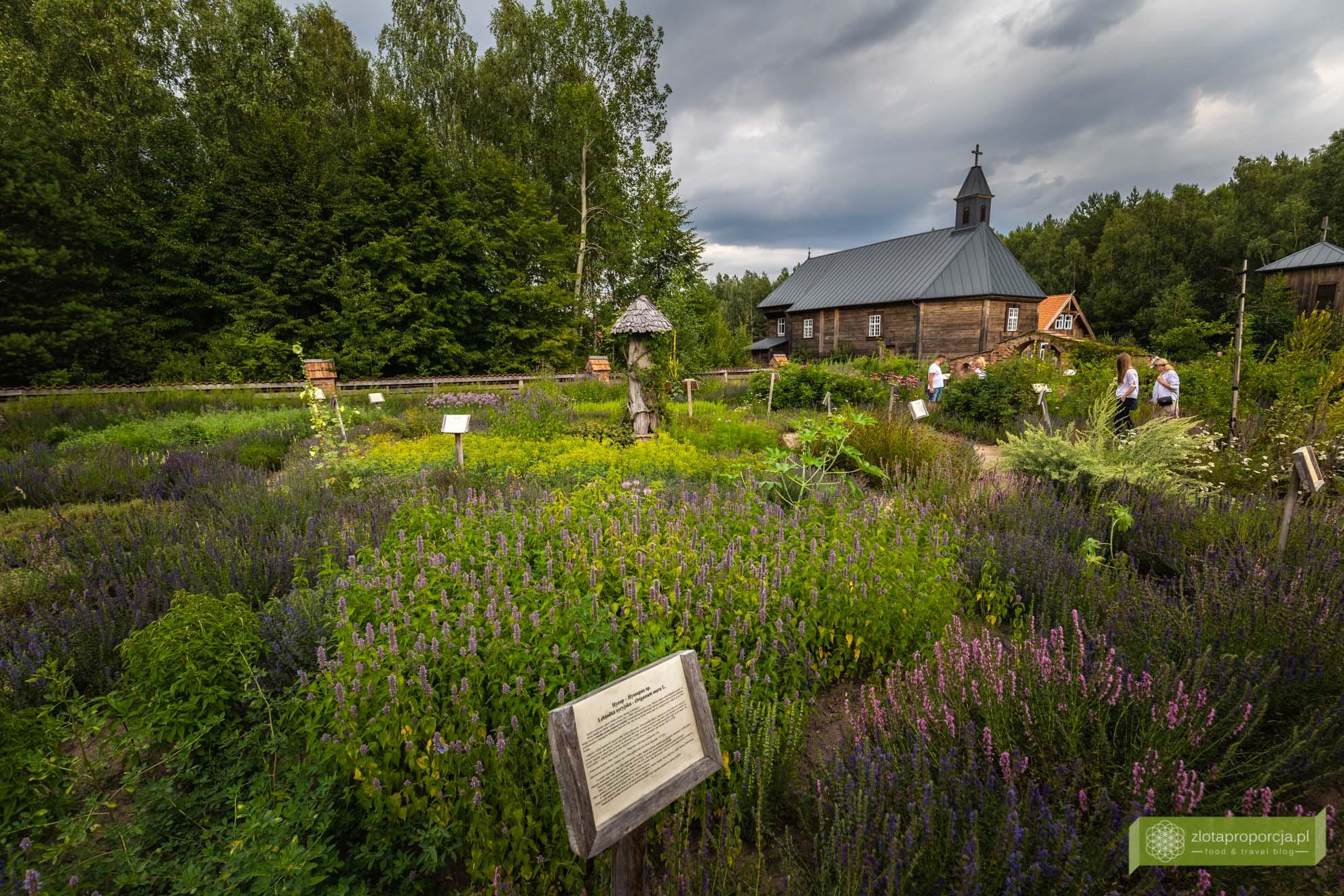 Podlasie Nadbużańskie; atrakcje Podlasia; Ziołowy Zakątek; Podlaski Ogród Ziołowy; Podlaski Ogród Botaniczny;