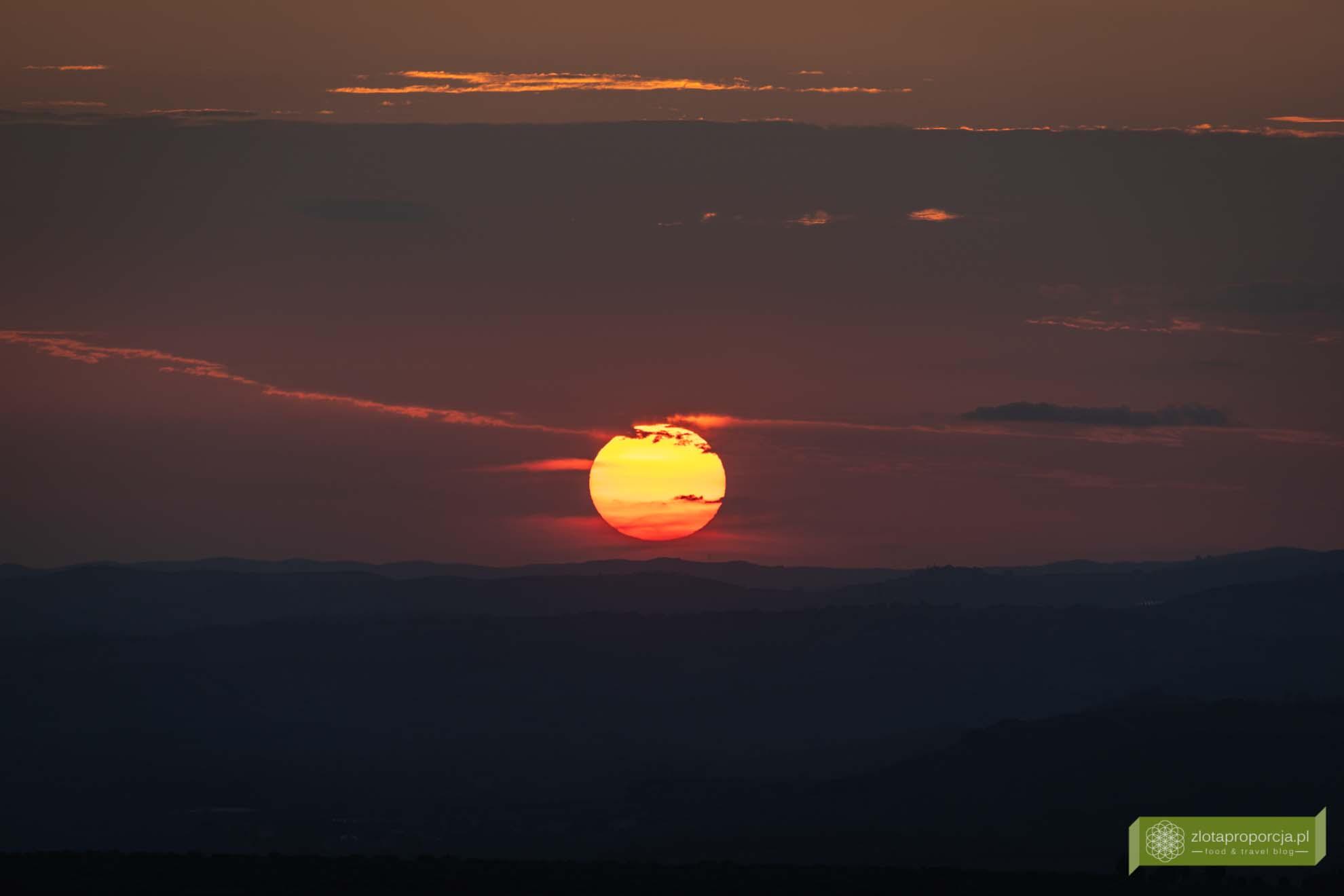 zachód słońca Val d'Orcia; Toskania; Val d'Orcia; zachód słońca; Toskania;