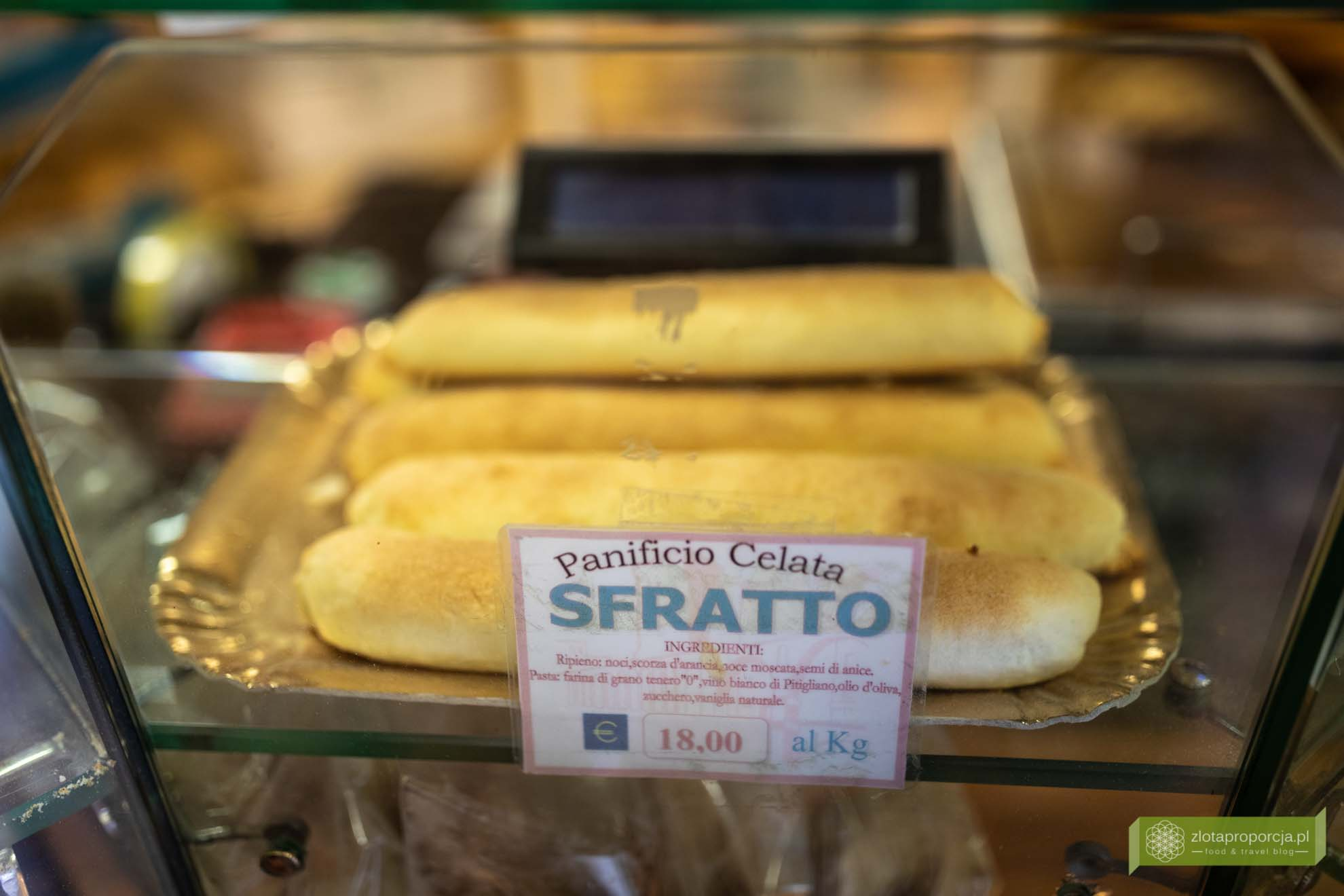 sfratto; ciastko z winem; ciastko z Bianco di Pitigliano