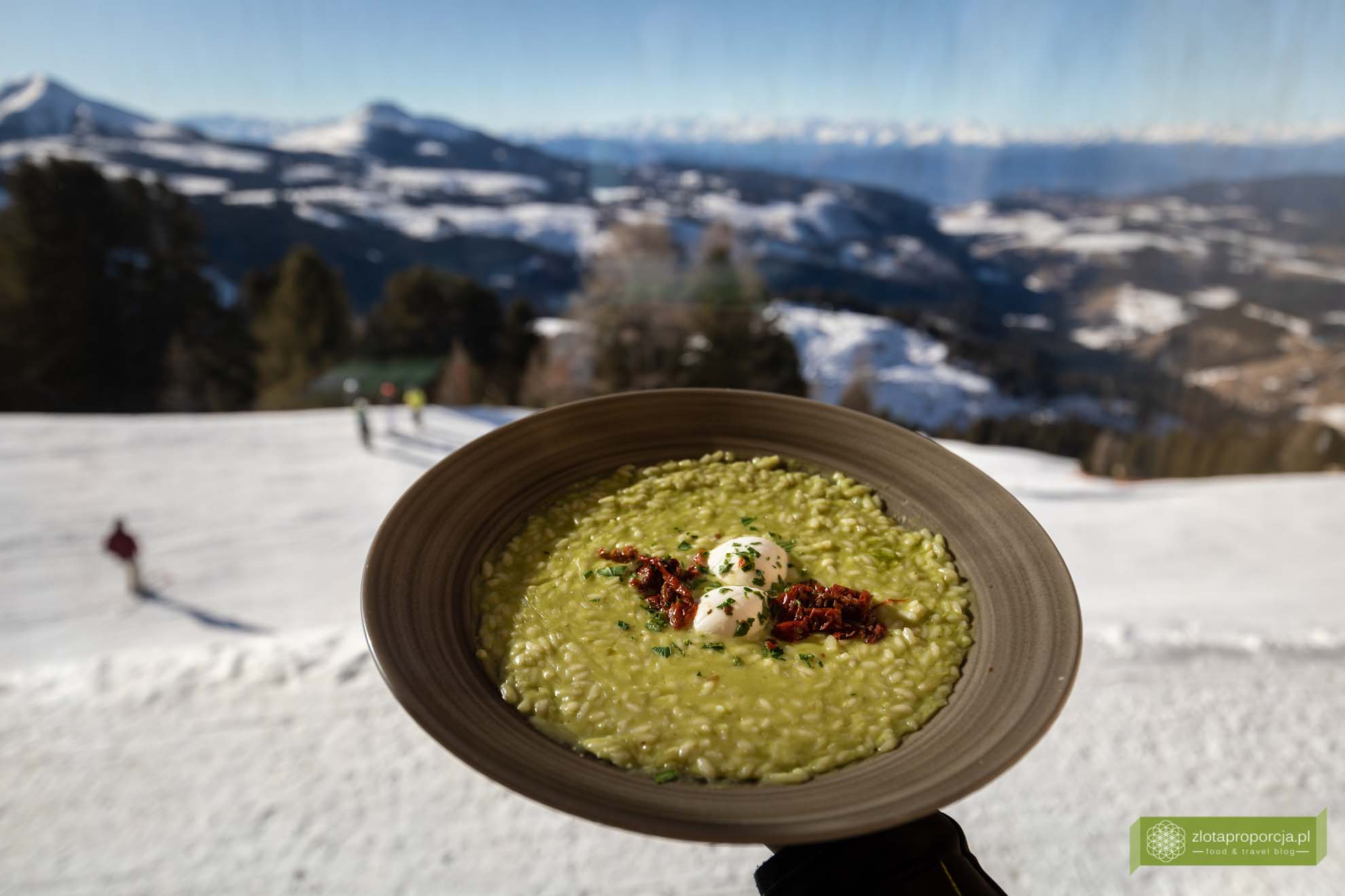 Południowy Tyrol; Val d'Ega; Eggental; Dolomity; narty Południowy Tyrol; Obereggen; Ski Center Obereggen; ośrodek narciarski Obereegen; narty Obereggen; Oberegen narty; Obereggen ski; Oberholz; Oberholz Obereggen; schronisko Obereggen;