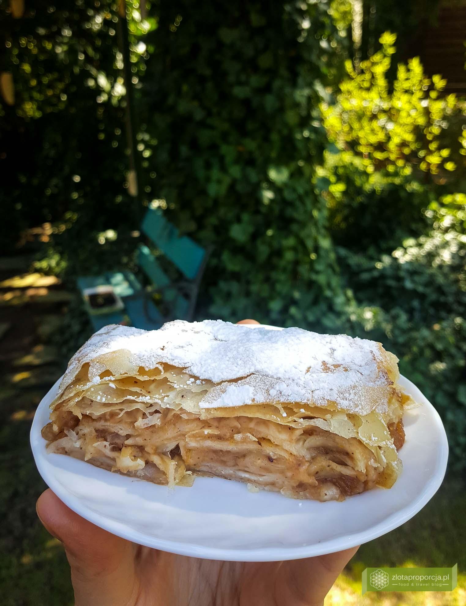 ciasto filo z jabłkami; oszukany strudel jabłkowy; strudel z ciasta filo; ciasto filo;