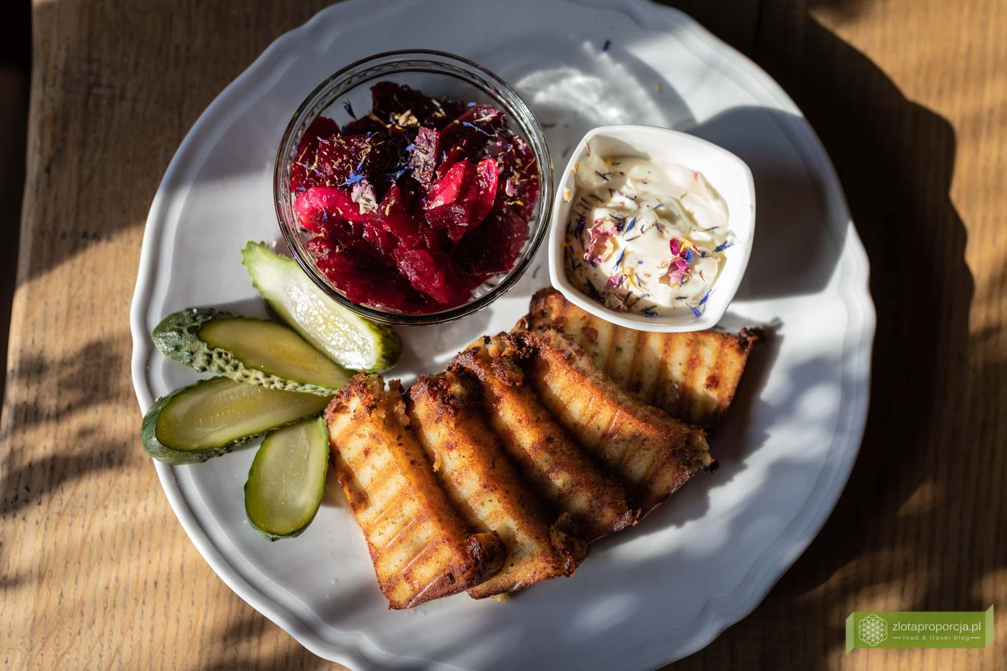Kuchnia Dobromil; Podlasie; gdzie zjeść na Podlasiu; kuchnia Podlasia; kuchnia podlaska; Bielsk Podlaski; babka ziemniaczana