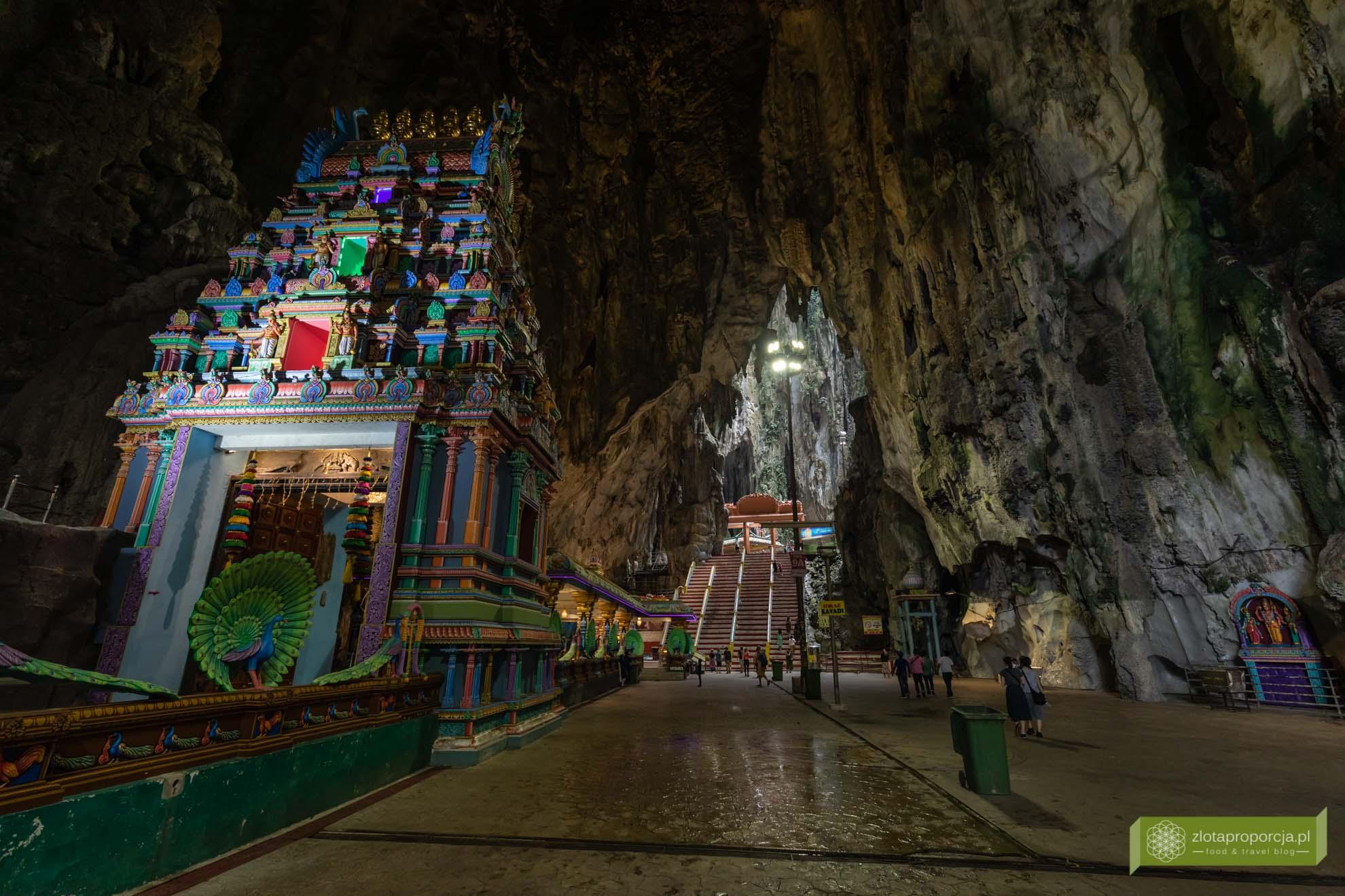 Jaskinie Batu; Batu Caves; Kuala Lumpur; atrakcje Kuala Lumpur; Malezja; Jaskinia Świątynna; jaskinie Kuala Lumpur;