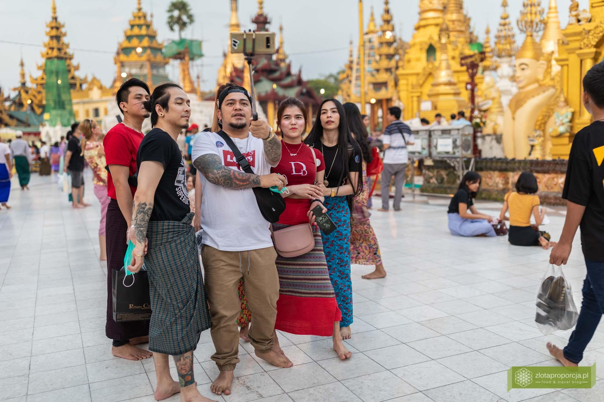 Birma; Mjanma; Myanmar; atrakcje Birmy; Birma podróże; Szwedagon Pagoda; Rangun' Złota Pagoda Rangun