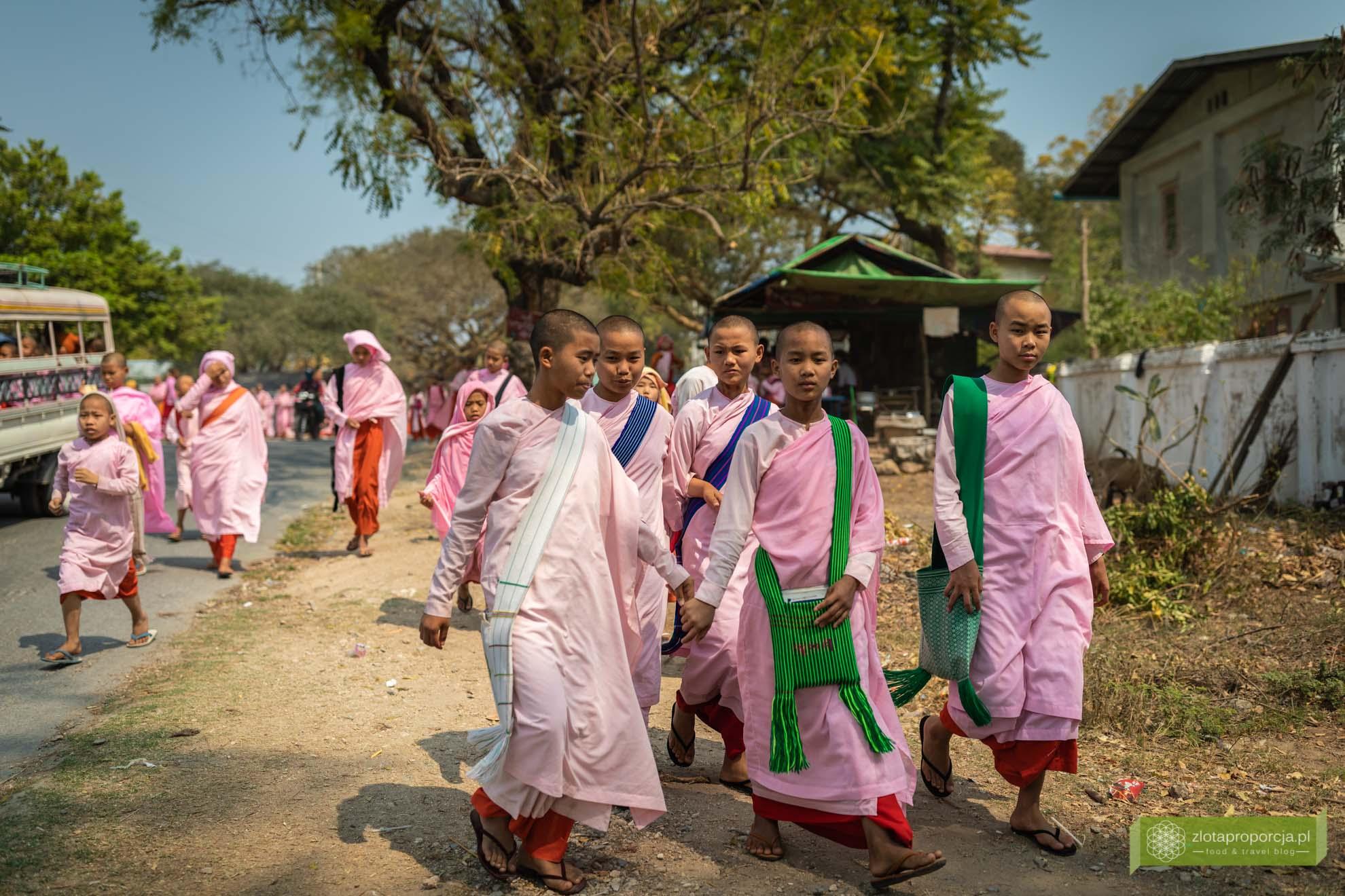 Birma; Mjanma; Myanmar; atrakcje Birmy; Birma podróże; Sikong; okolice Mandalay;