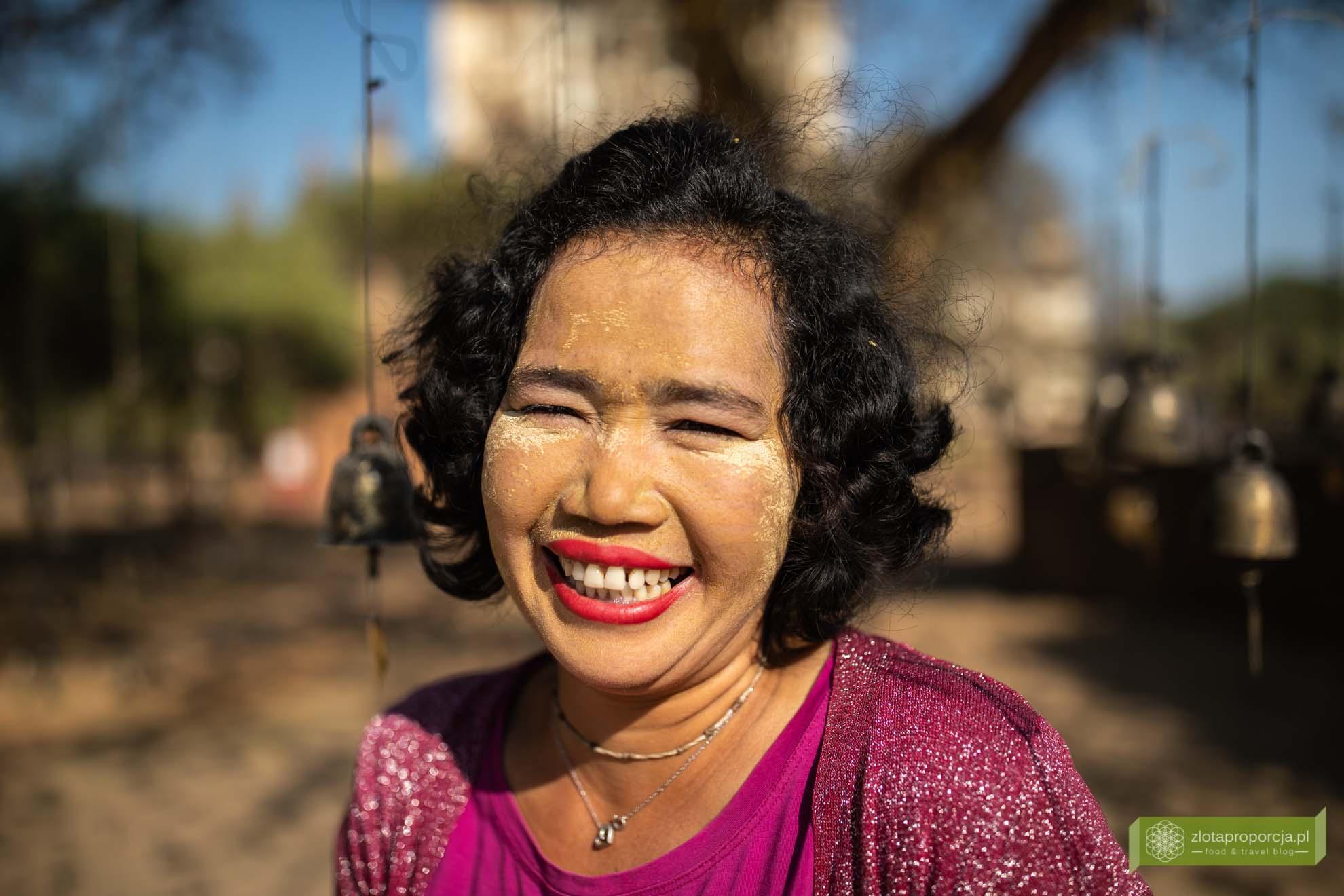 Birma; Mjanma; Myanmar; atrakcje Birmy; Birma podróże; Thanaka; Thanaka Birma;