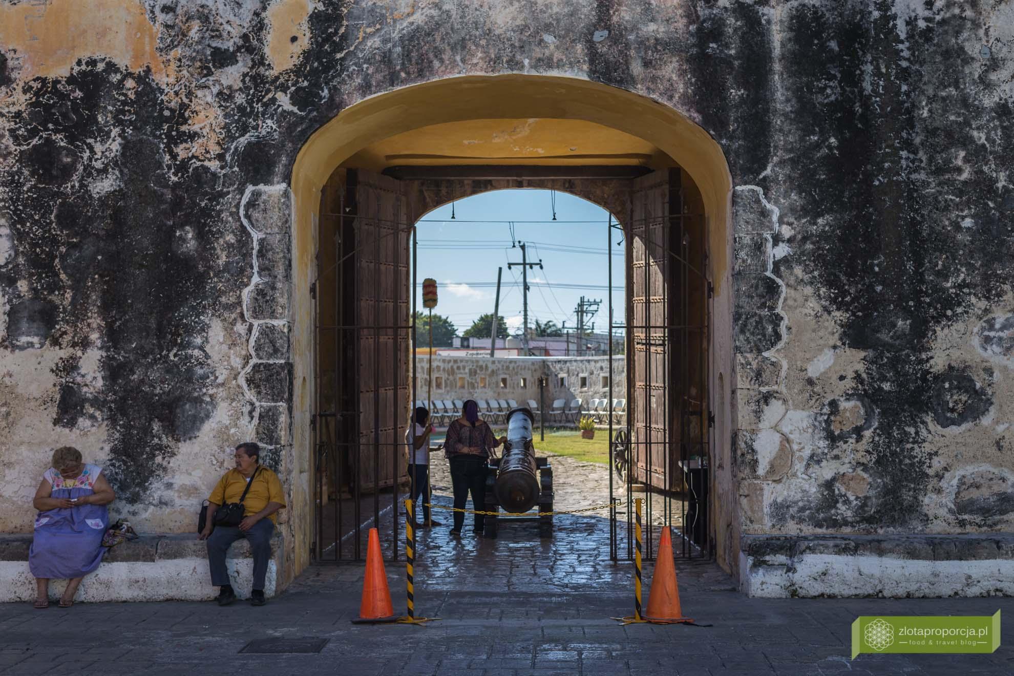 Cempeche; bastion Campeche; fortyfikacje Campeche